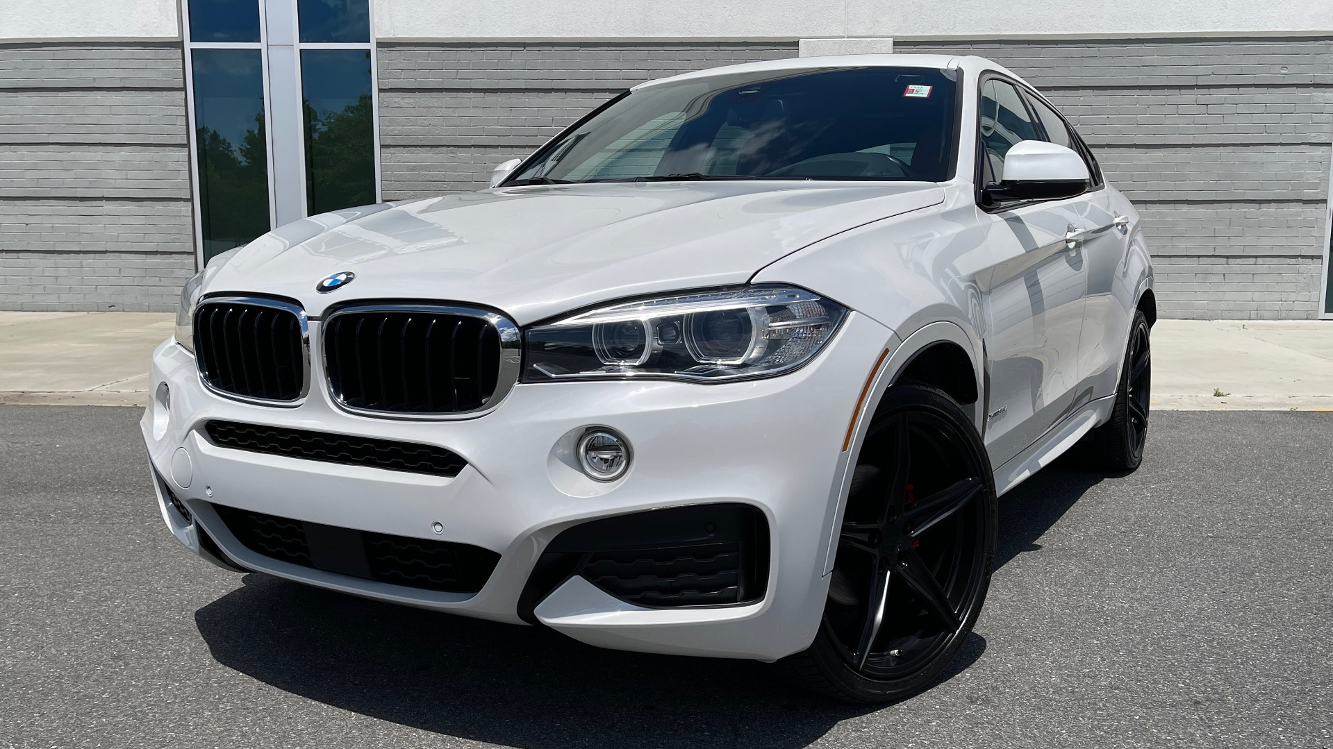 Used 2018 BMW X6 XDRIVE35I M-SPORT / NAV / DRVR ASST PLUS / ADAPT M-SUSP / REARVIEW for sale Sold at Formula Imports in Charlotte NC 28227 6