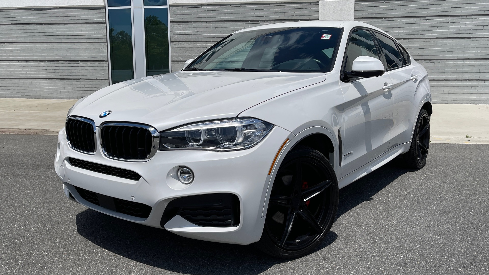 Used 2018 BMW X6 XDRIVE35I M-SPORT / NAV / DRVR ASST PLUS / ADAPT M-SUSP / REARVIEW for sale Sold at Formula Imports in Charlotte NC 28227 1