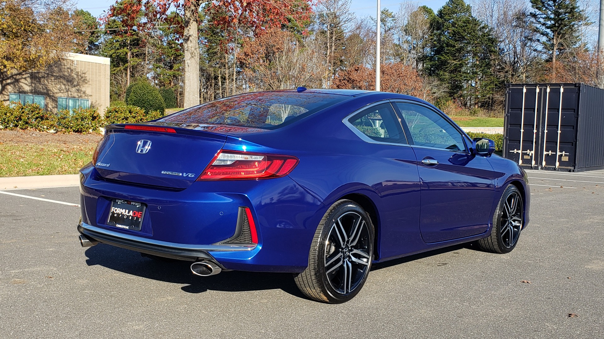 Used 2017 Honda ACCORD COUPE TOURING V6 / 2-DR / NAV / SUNROOF / LANEWATCH / CMBS for sale Sold at Formula Imports in Charlotte NC 28227 8