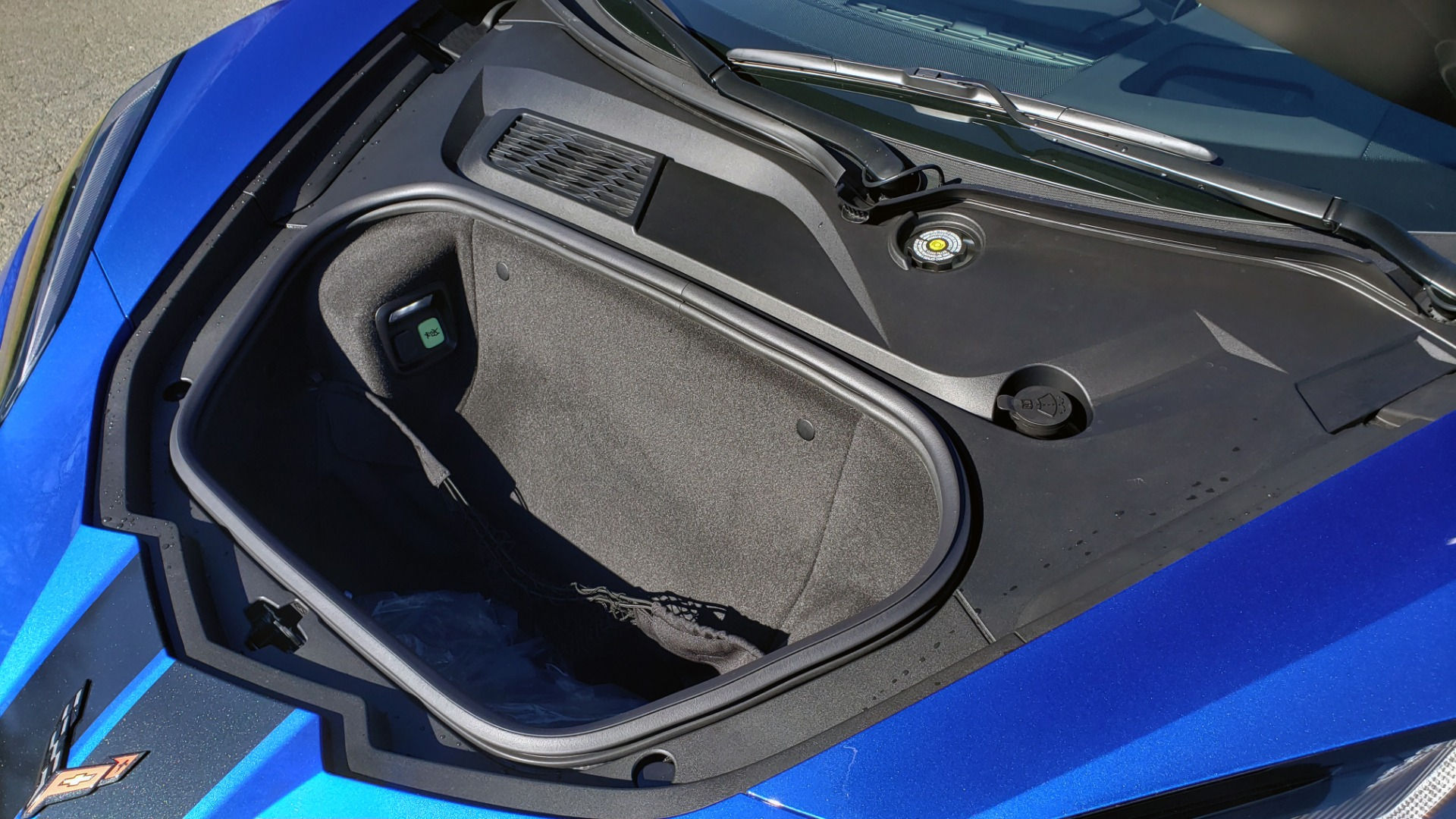 Used 2020 Chevrolet C8 CORVETTE STINGRAY 2LT COUPE / NAV / HUD / BOSE / GT2 SEATS / FRONT LIFT / REARVIEW for sale Sold at Formula Imports in Charlotte NC 28227 40