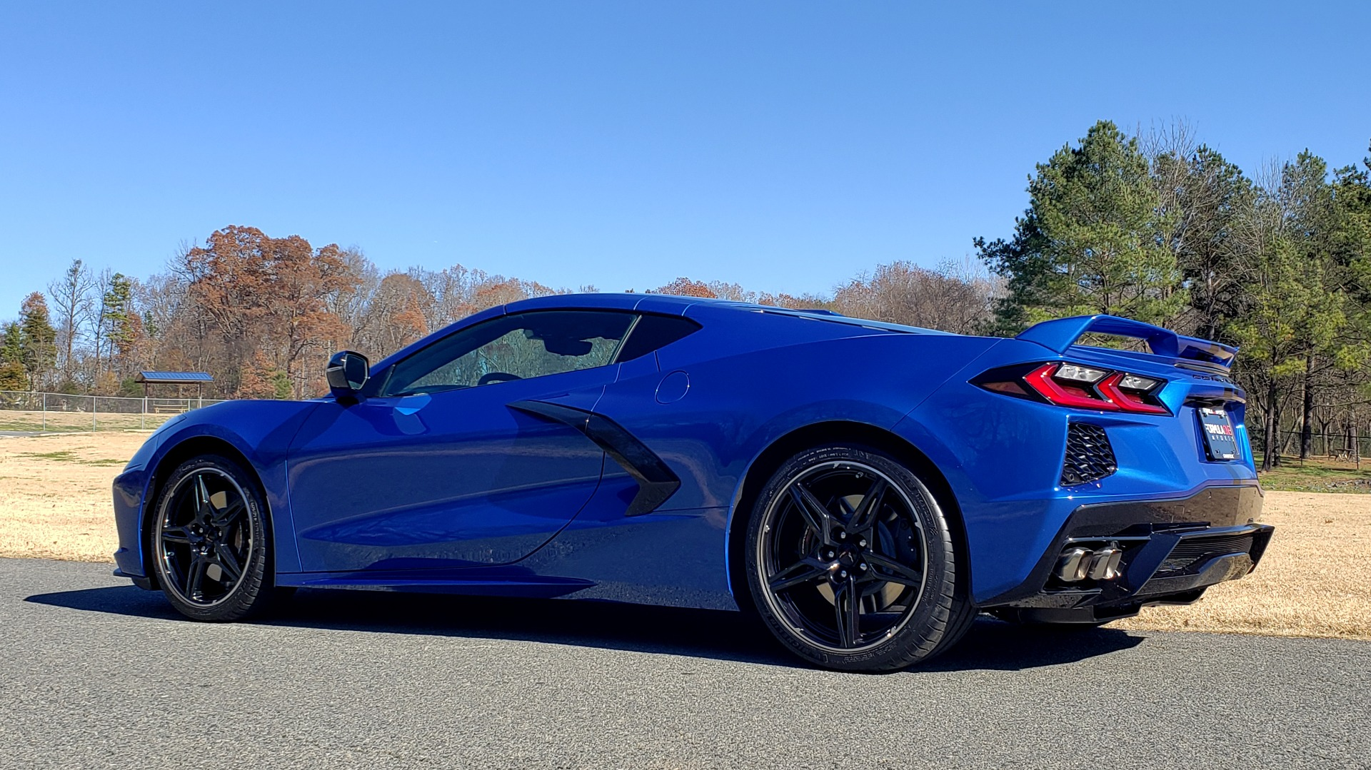 Used 2020 Chevrolet C8 CORVETTE STINGRAY 2LT COUPE / NAV / HUD / BOSE / GT2 SEATS / FRONT LIFT / REARVIEW for sale Sold at Formula Imports in Charlotte NC 28227 7