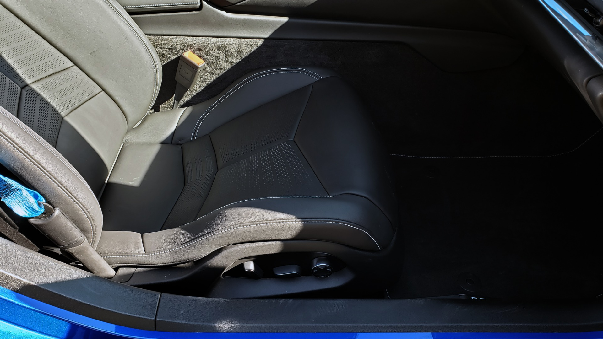 Used 2020 Chevrolet C8 CORVETTE STINGRAY 2LT COUPE / NAV / HUD / BOSE / GT2 SEATS / FRONT LIFT / REARVIEW for sale Sold at Formula Imports in Charlotte NC 28227 81