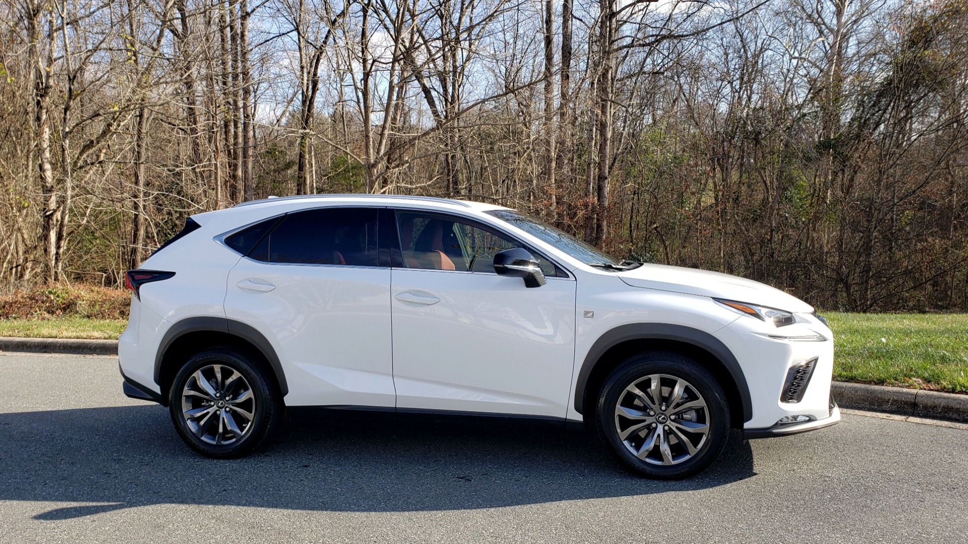 Used 2019 Lexus NX 300 F-SPORT / 2.0L TURBO / LEATHER / 18IN WHEELS / REARVIEW for sale $31,195 at Formula Imports in Charlotte NC 28227 5