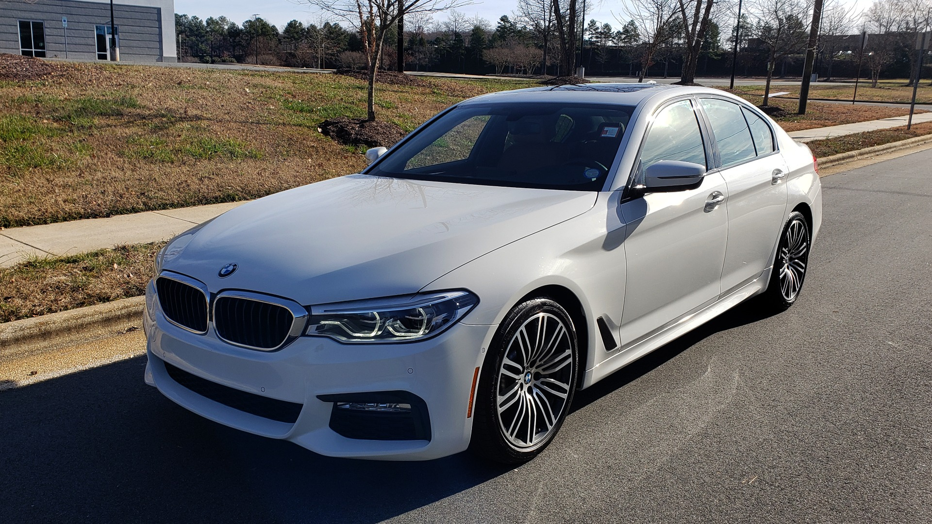 Used 2017 BMW 5 SERIES 540I PREMIUM / M-SPORT / PDC / APPLE CAR PLAY / WIFI for sale Sold at Formula Imports in Charlotte NC 28227 3