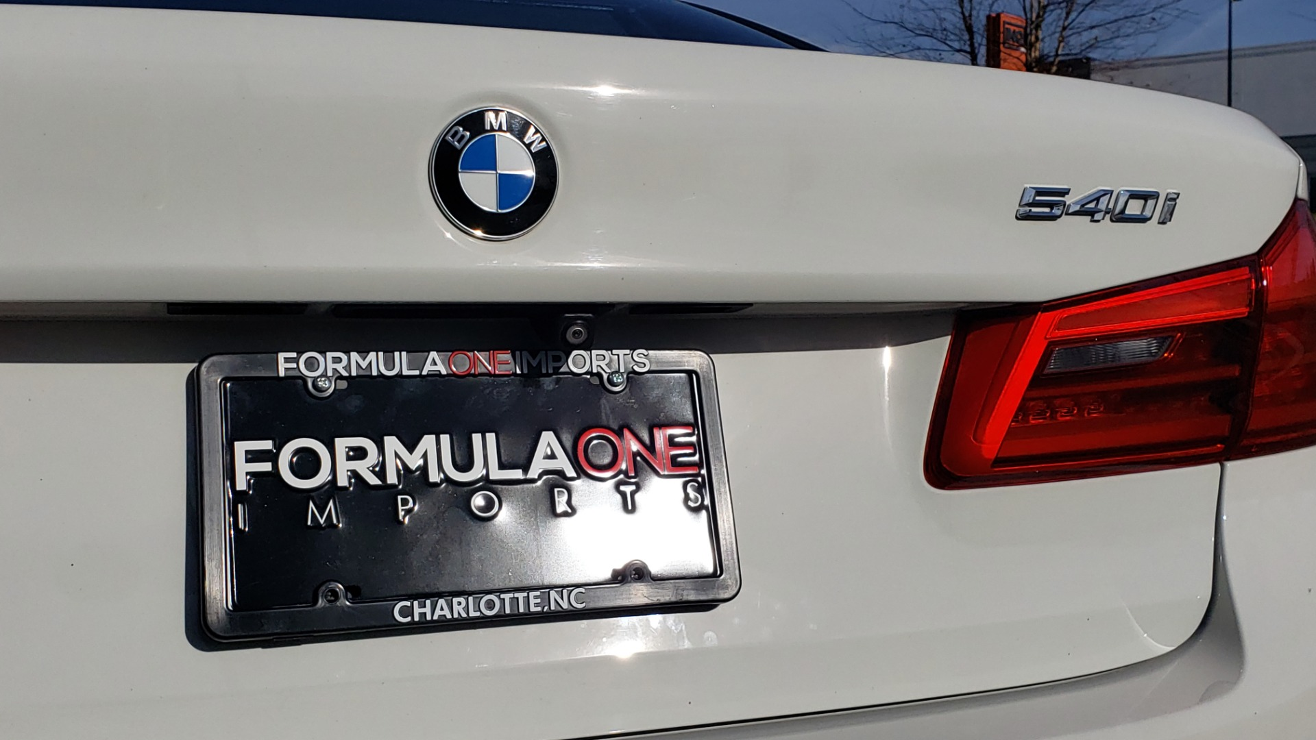 Used 2017 BMW 5 SERIES 540I PREMIUM / M-SPORT / PDC / APPLE CAR PLAY / WIFI for sale Sold at Formula Imports in Charlotte NC 28227 33
