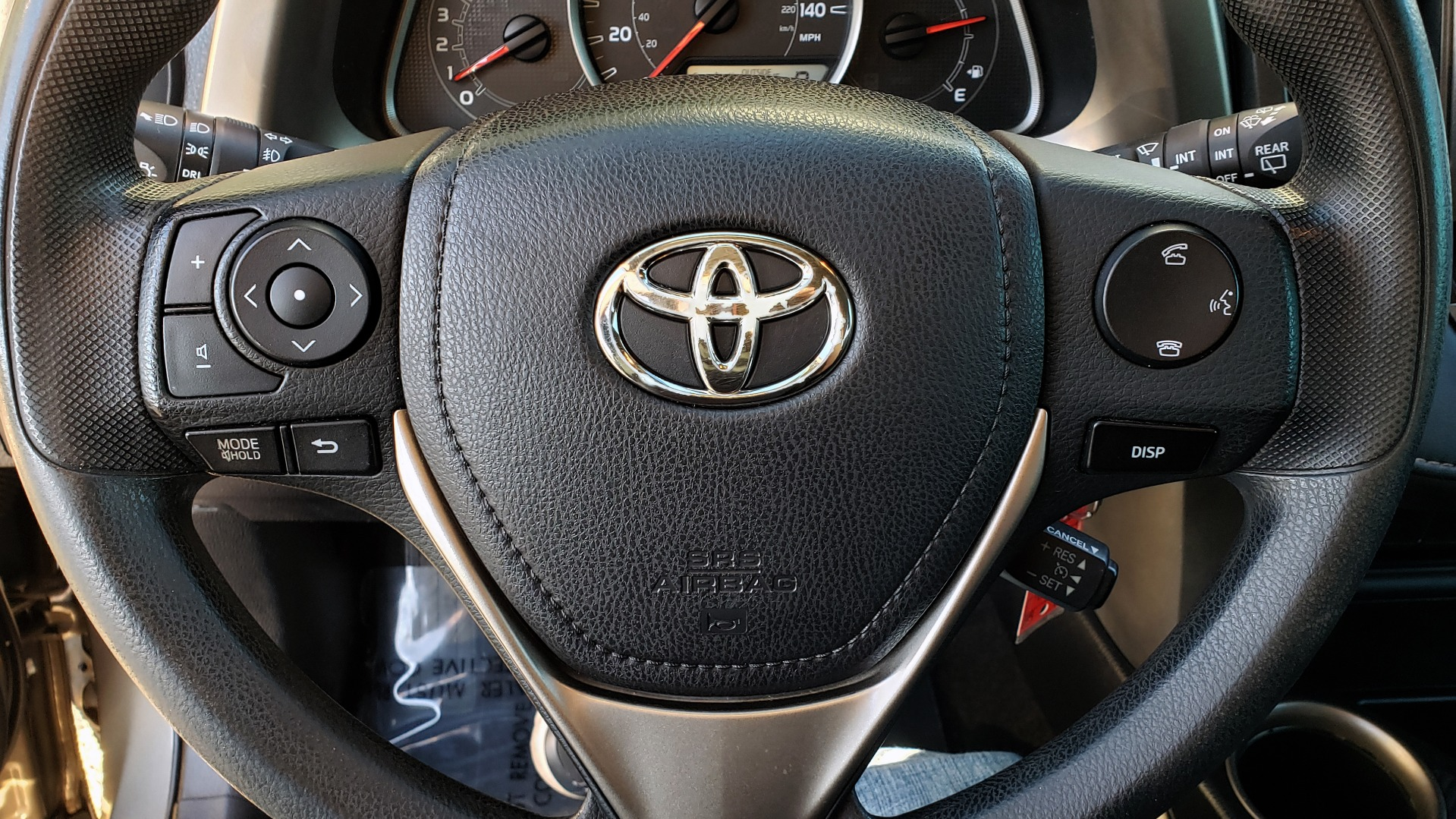 Used 2014 Toyota RAV4 XLE / FWD / 2.5L 4-CYL / 6-SPD AUTO / 17IN ALLOY / REARVIEW for sale $13,695 at Formula Imports in Charlotte NC 28227 19