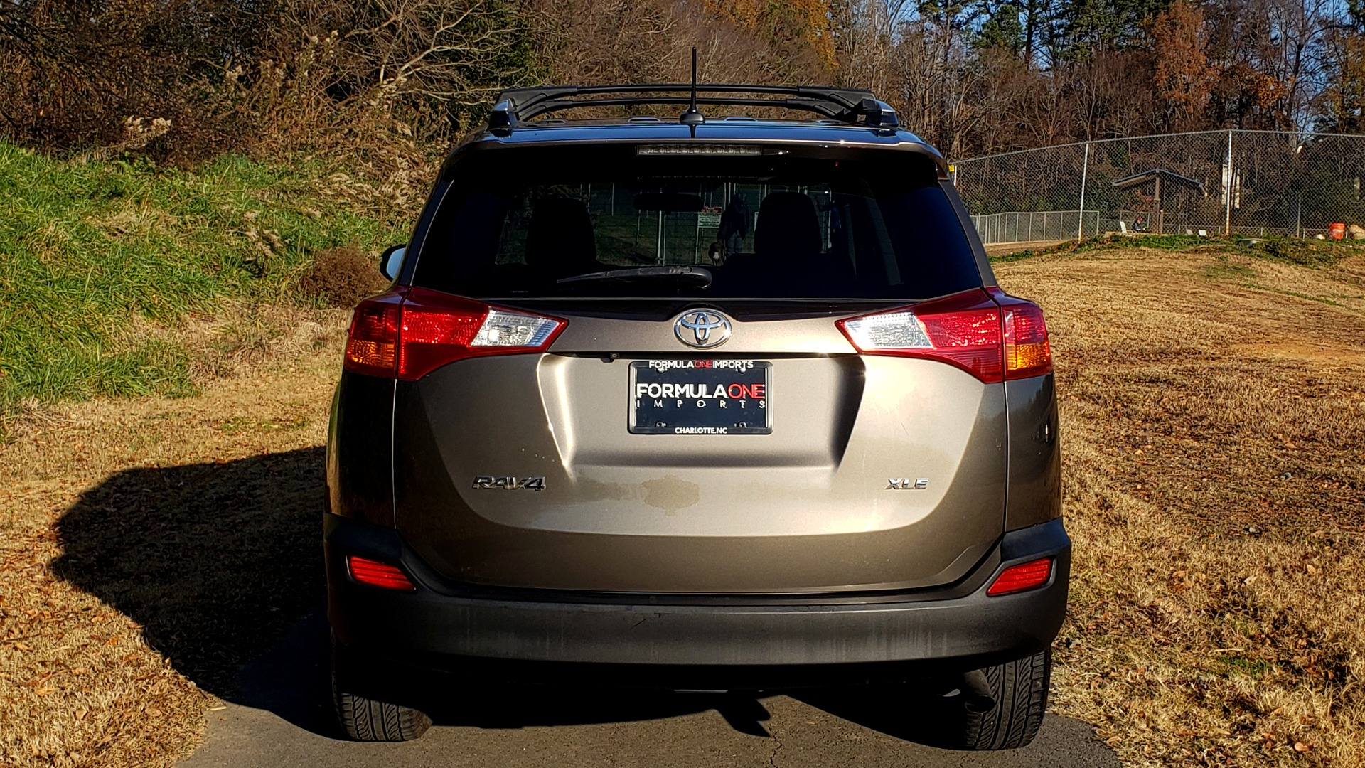 Used 2014 Toyota RAV4 XLE / FWD / 2.5L 4-CYL / 6-SPD AUTO / 17IN ALLOY / REARVIEW for sale $13,695 at Formula Imports in Charlotte NC 28227 9