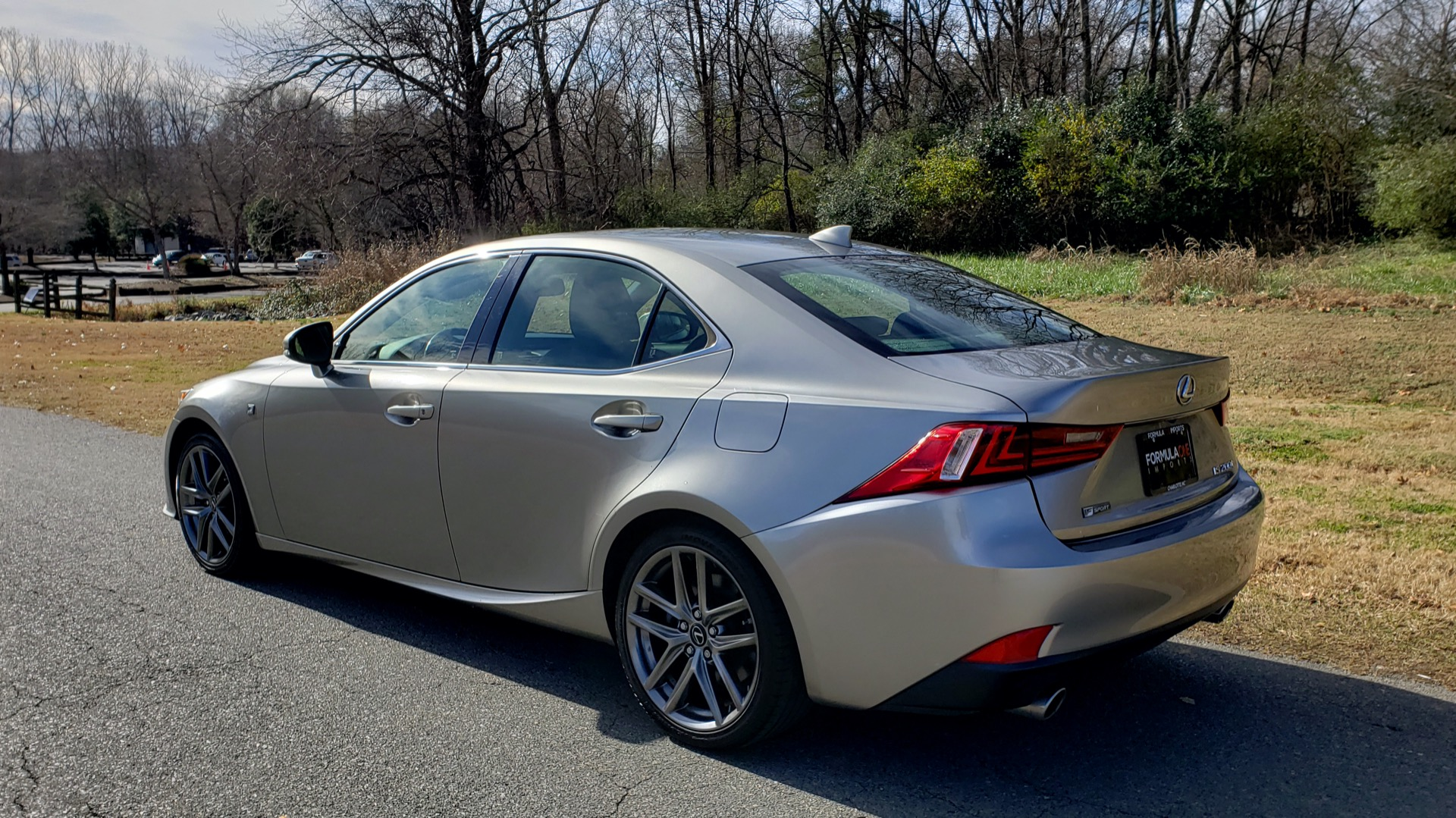 Used 2016 Lexus IS 200t F-SPORT / SUNROOF / NAV / BSM / DYNAMIC RADAR CRUISE for sale Sold at Formula Imports in Charlotte NC 28227 3