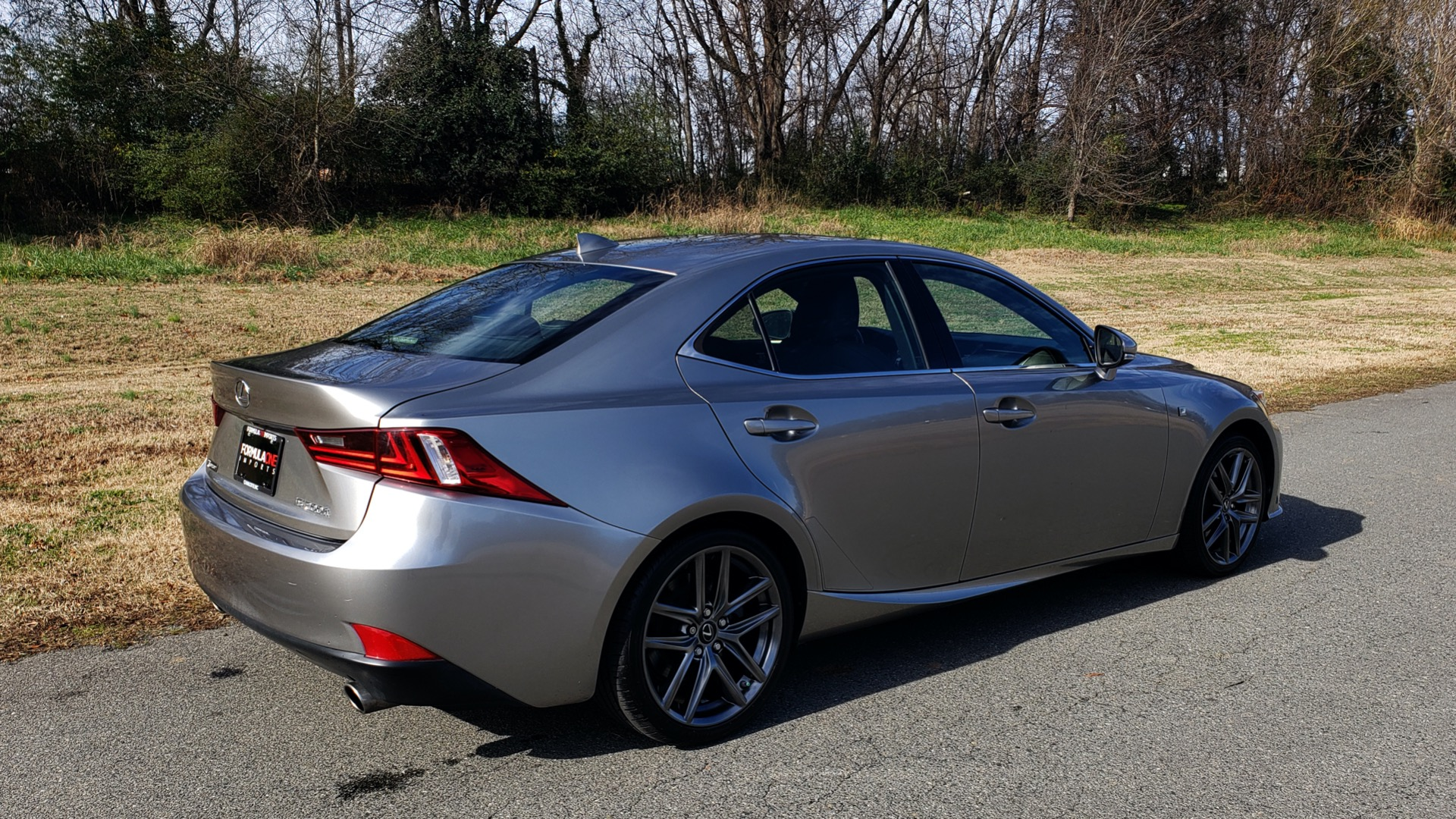 Used 2016 Lexus IS 200t F-SPORT / SUNROOF / NAV / BSM / DYNAMIC RADAR CRUISE for sale Sold at Formula Imports in Charlotte NC 28227 9