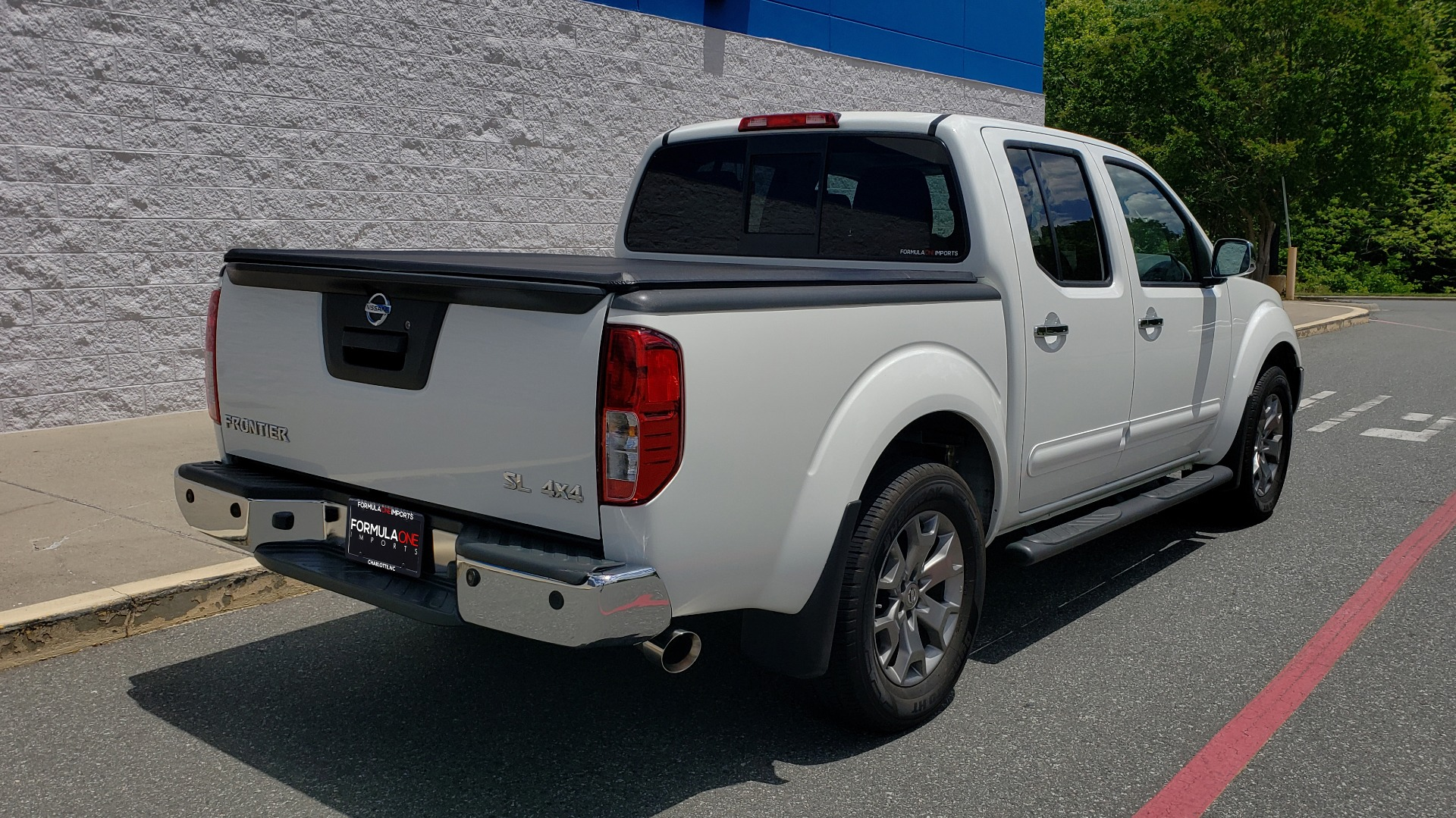 Used 2019 Nissan FRONTIER SL CREW CAB / 4X4 / NAV / SUNROOF / ROCKFORD FOSGATE / LOADED for sale $31,495 at Formula Imports in Charlotte NC 28227 4