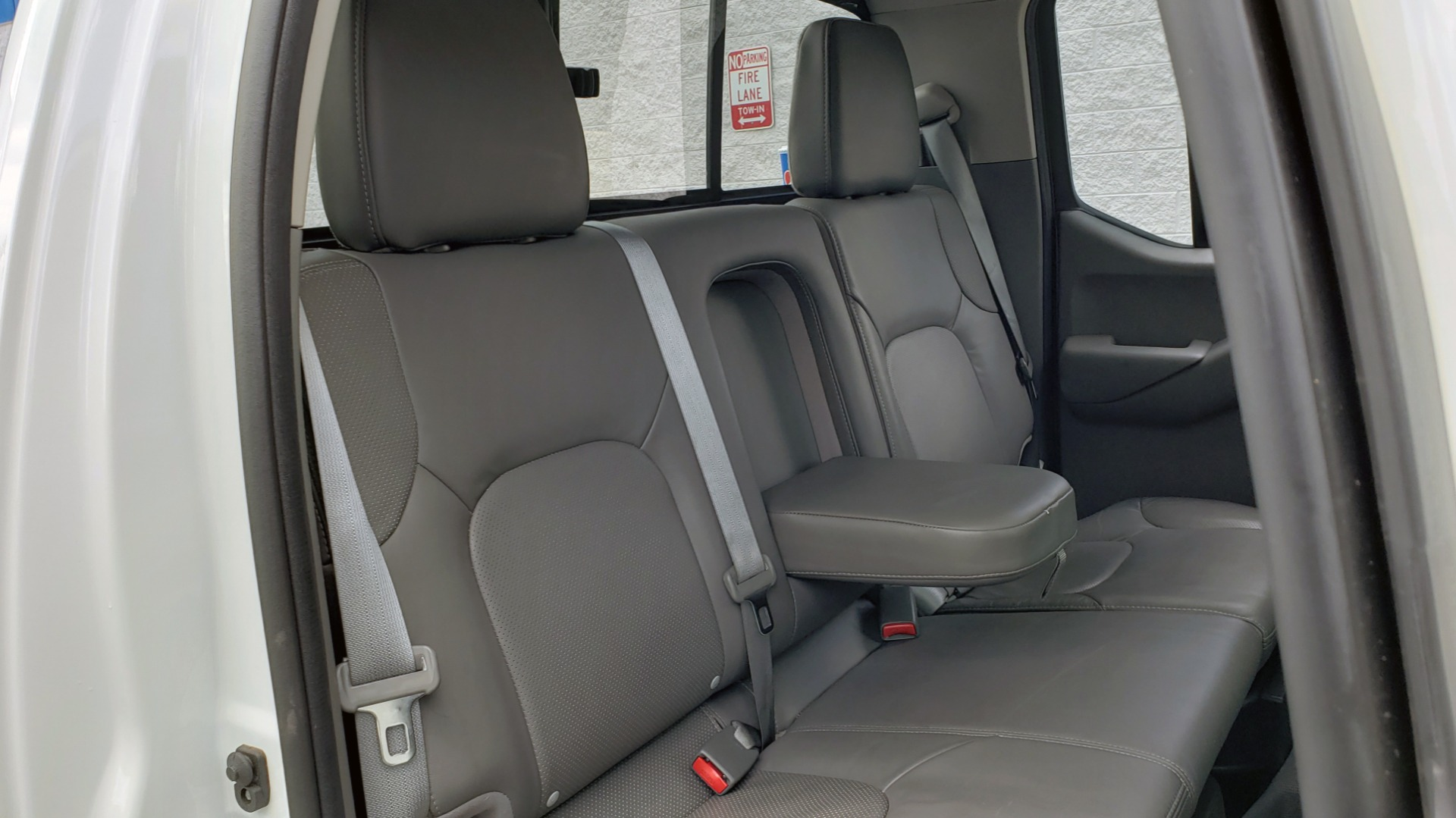 Used 2019 Nissan FRONTIER SL CREW CAB / 4X4 / NAV / SUNROOF / ROCKFORD FOSGATE / LOADED for sale $31,495 at Formula Imports in Charlotte NC 28227 66