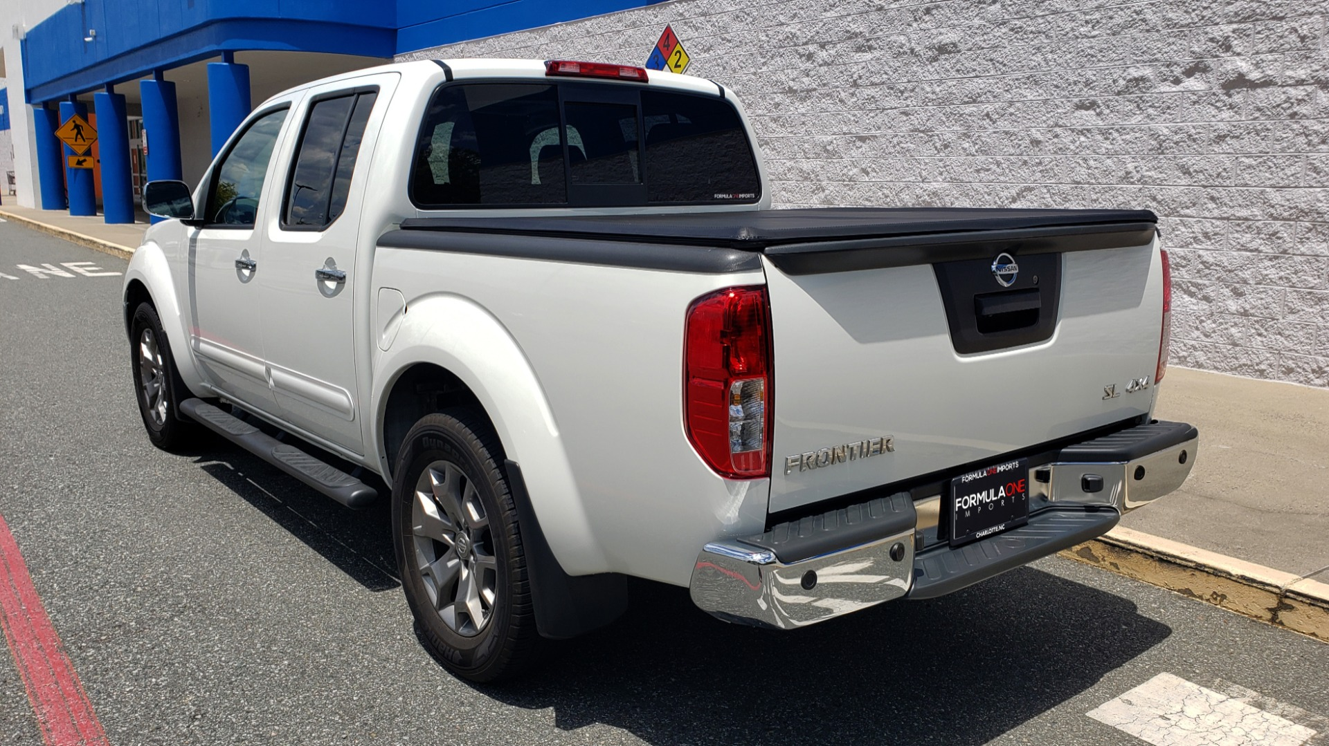 Used 2019 Nissan FRONTIER SL CREW CAB / 4X4 / NAV / SUNROOF / ROCKFORD FOSGATE / LOADED for sale $31,495 at Formula Imports in Charlotte NC 28227 8