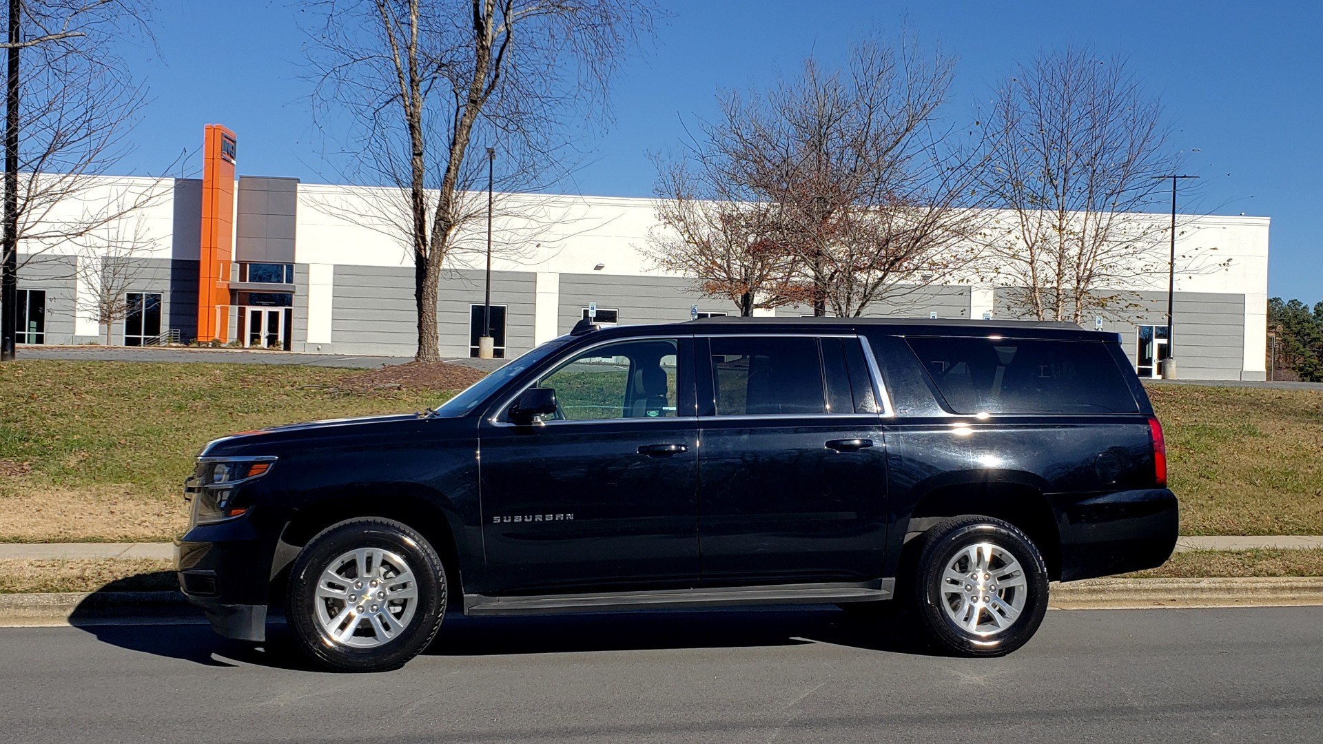 Used 2015 Chevrolet SUBURBAN LT 2WD / NAV / LEATHER / BOSE / 3-ROW / REARVIEW for sale Sold at Formula Imports in Charlotte NC 28227 2