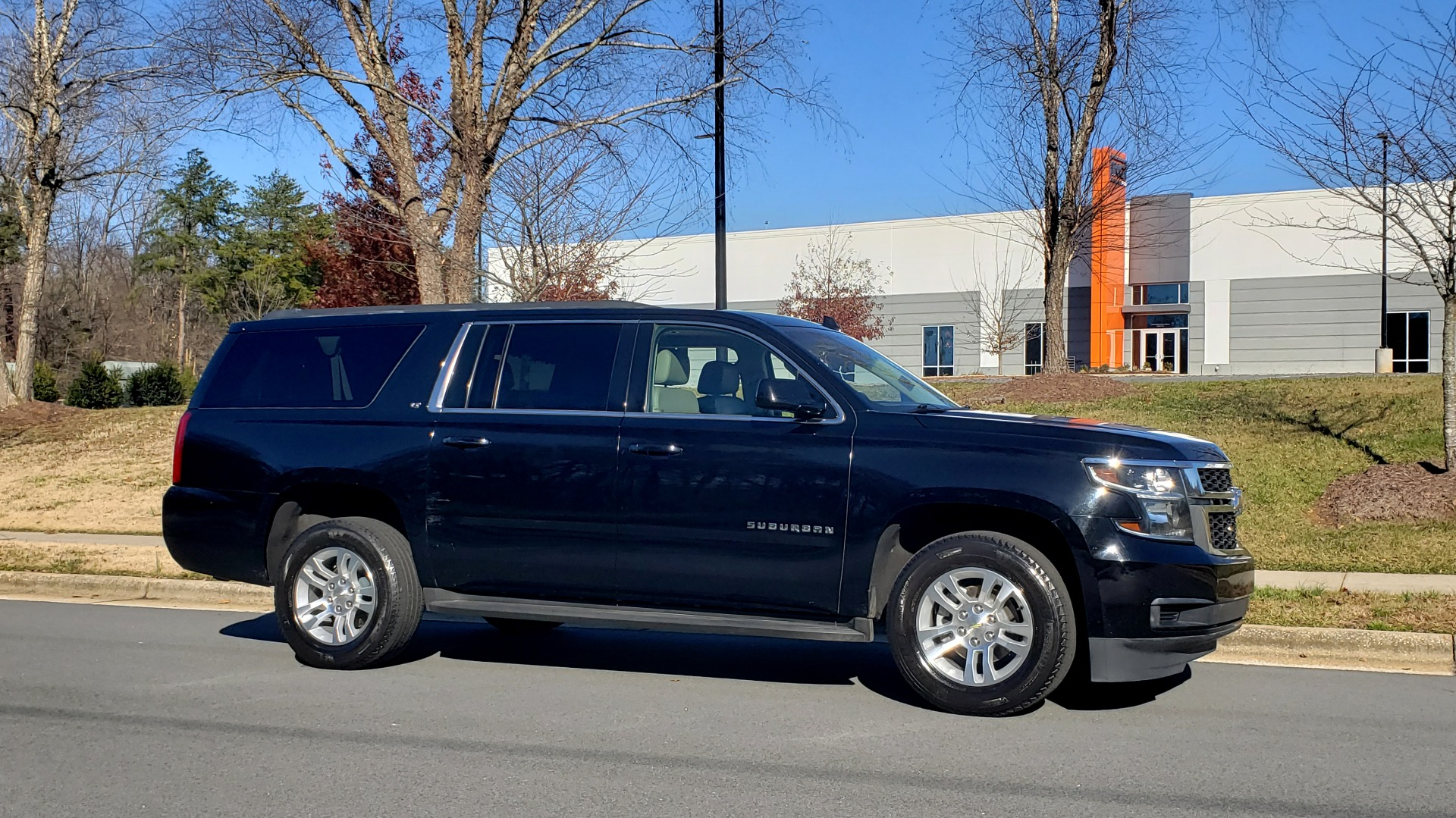 Used 2015 Chevrolet SUBURBAN LT 2WD / NAV / LEATHER / BOSE / 3-ROW / REARVIEW for sale Sold at Formula Imports in Charlotte NC 28227 6