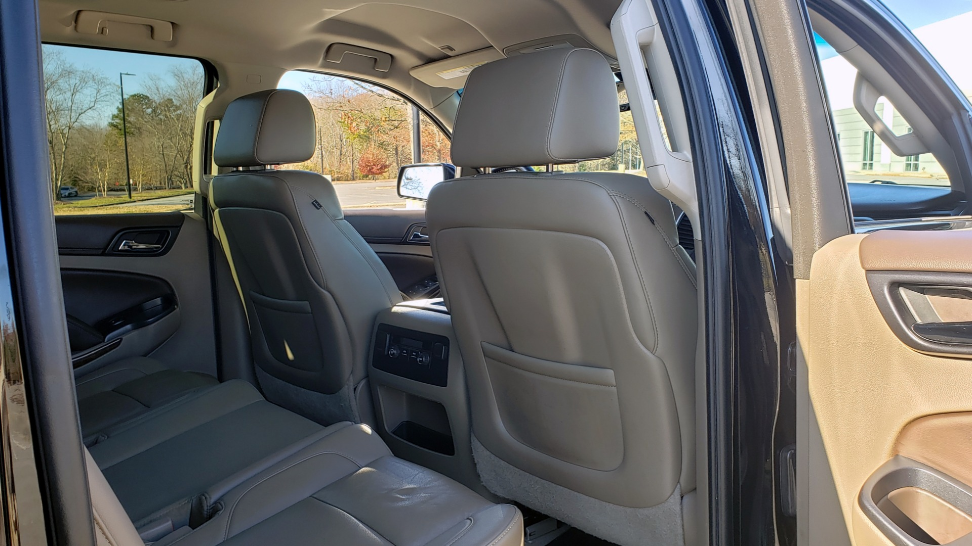 Used 2015 Chevrolet SUBURBAN LT 2WD / NAV / LEATHER / BOSE / 3-ROW / REARVIEW for sale Sold at Formula Imports in Charlotte NC 28227 79