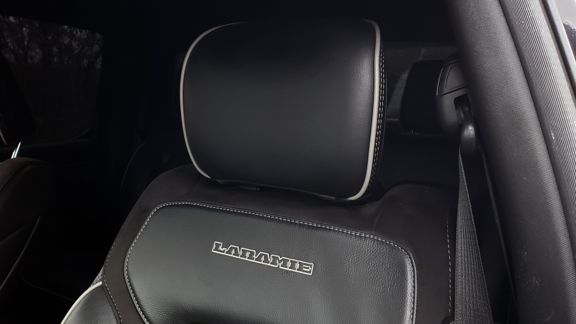 Used 2019 Ram 1500 LARAMIE SPORT / 2WD / 5.7L HEMI / NAV / BLIND SPOT / HTD STS / REARVIEW for sale Sold at Formula Imports in Charlotte NC 28227 19