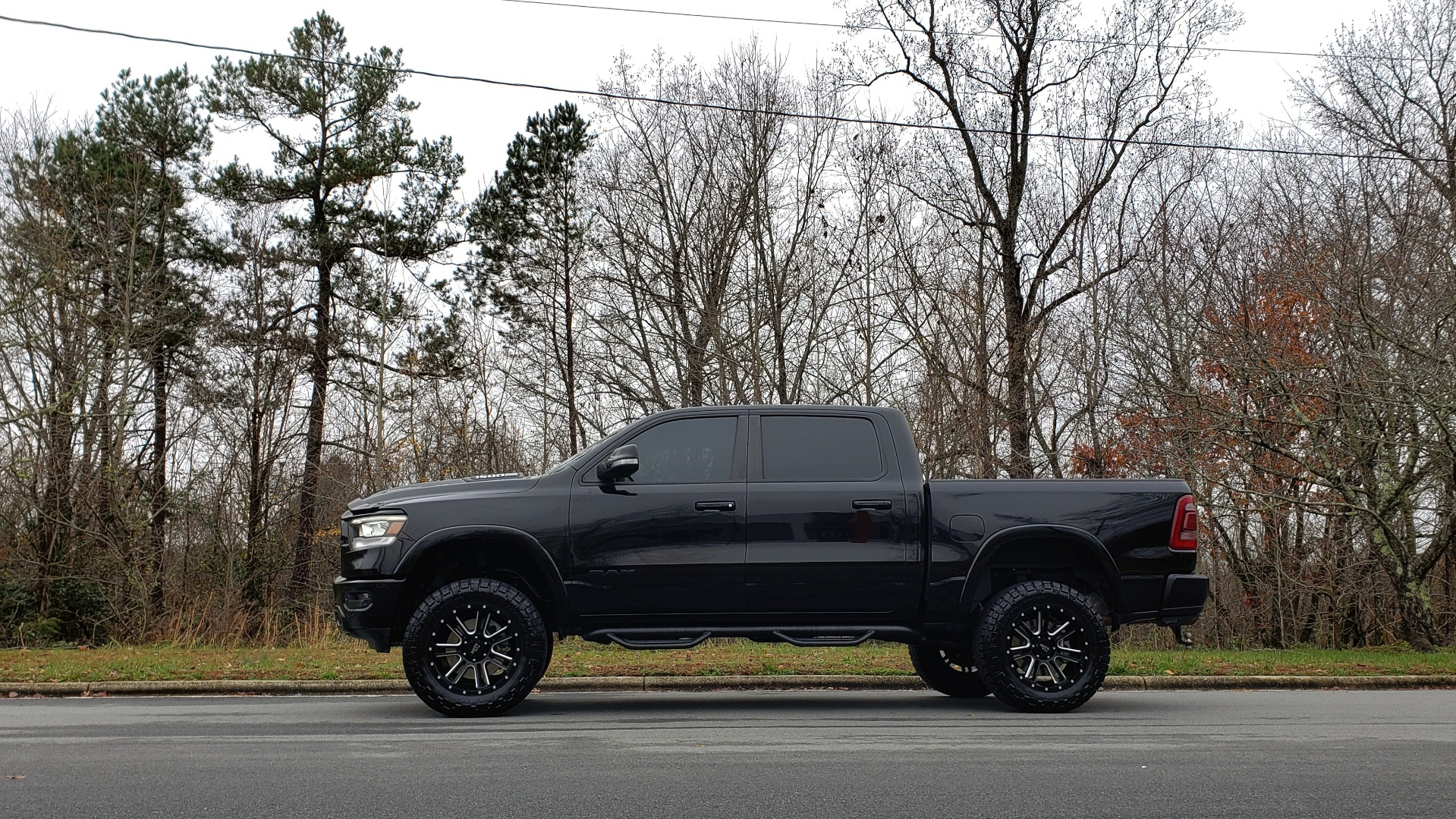 Used 2019 Ram 1500 LARAMIE SPORT / 2WD / 5.7L HEMI / NAV / BLIND SPOT / HTD STS / REARVIEW for sale Sold at Formula Imports in Charlotte NC 28227 3