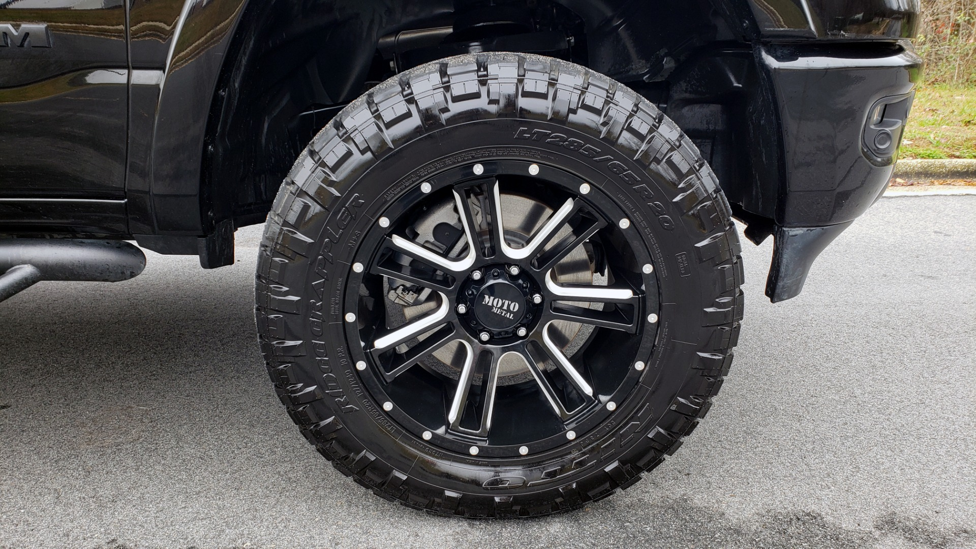 Used 2019 Ram 1500 LARAMIE SPORT / 2WD / 5.7L HEMI / NAV / BLIND SPOT / HTD STS / REARVIEW for sale Sold at Formula Imports in Charlotte NC 28227 99