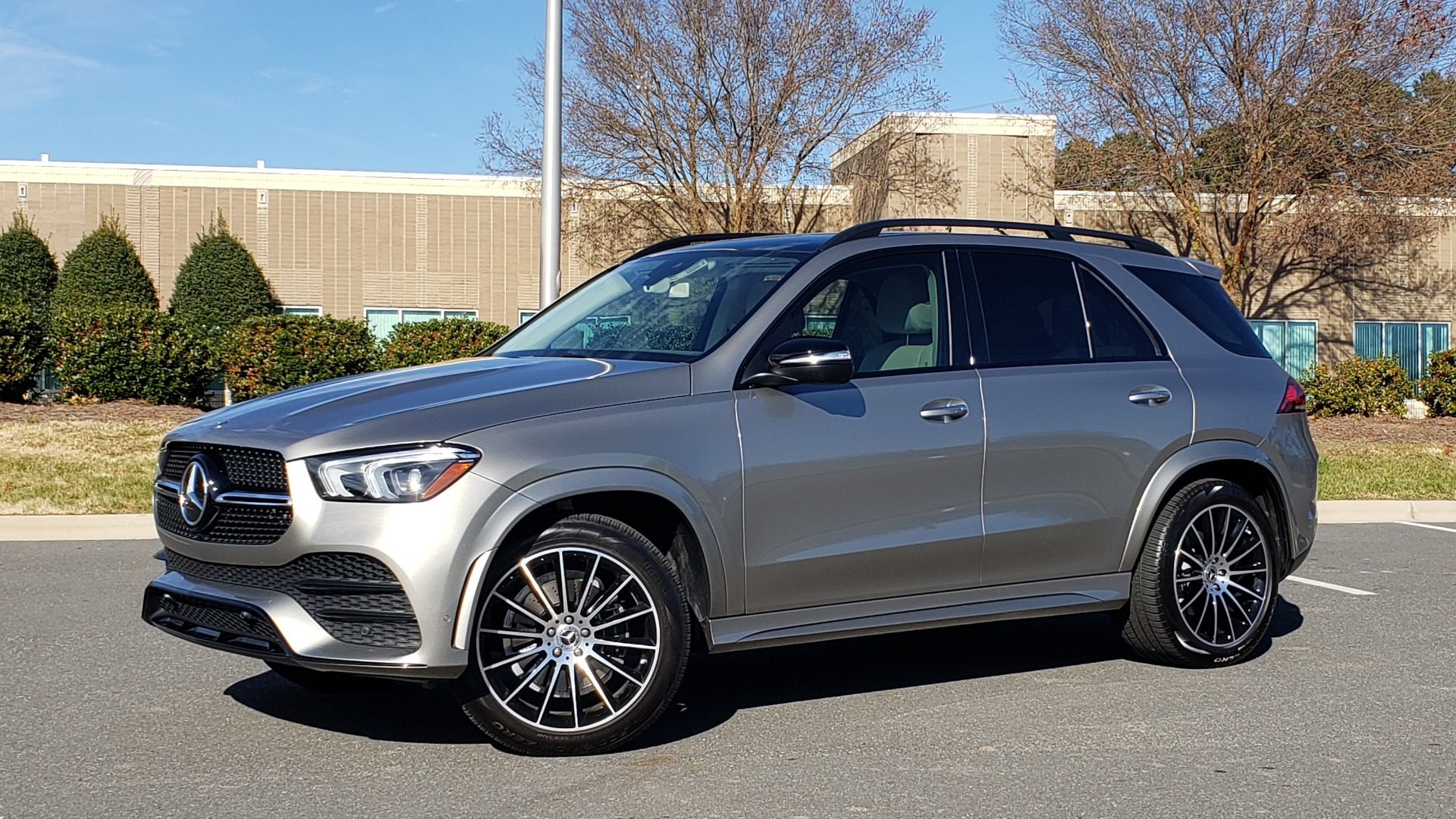 Used 2020 Mercedes-Benz GLE 350 PREMIUM / NAV / PARK ASST / NIGHT PKG / AMG LINE EXT / REARVIEW for sale Sold at Formula Imports in Charlotte NC 28227 2