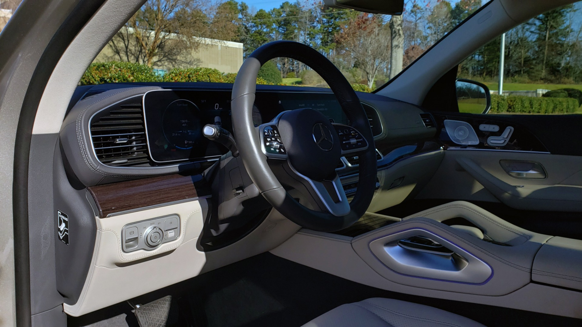 Used 2020 Mercedes-Benz GLE 350 PREMIUM / NAV / PARK ASST / NIGHT PKG / AMG LINE EXT / REARVIEW for sale Sold at Formula Imports in Charlotte NC 28227 44