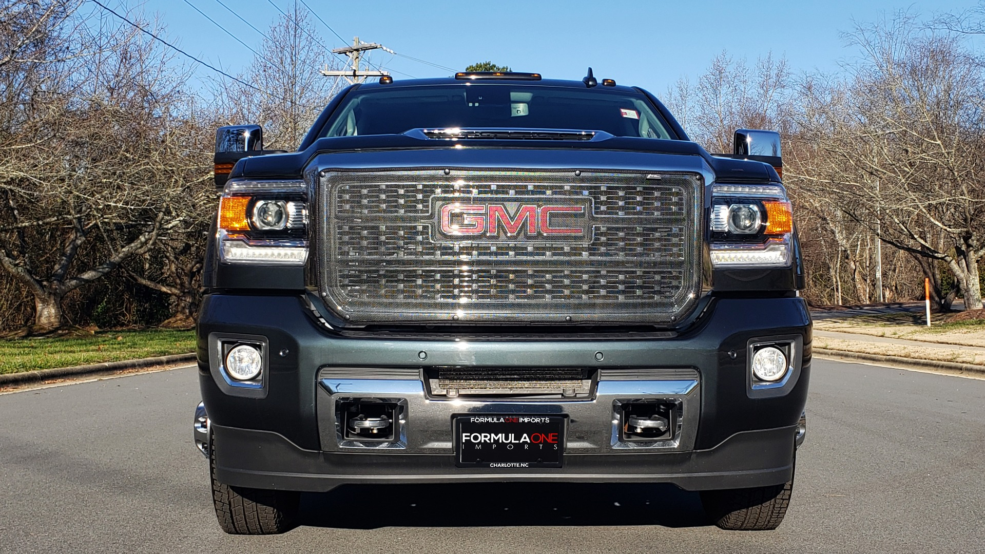 Used 2018 GMC SIERRA 3500HD DENALI 4X4 DUALLY / 6.6L DURAMAX PLUS / NAV / SUNROOF / REARVIEW for sale Sold at Formula Imports in Charlotte NC 28227 11