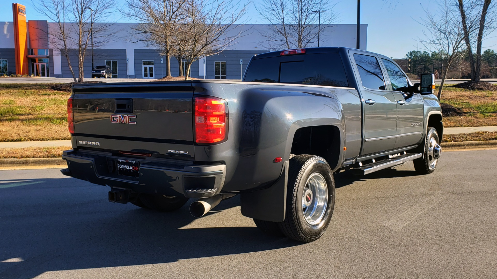 Used 2018 GMC SIERRA 3500HD DENALI 4X4 DUALLY / 6.6L DURAMAX PLUS / NAV / SUNROOF / REARVIEW for sale Sold at Formula Imports in Charlotte NC 28227 7