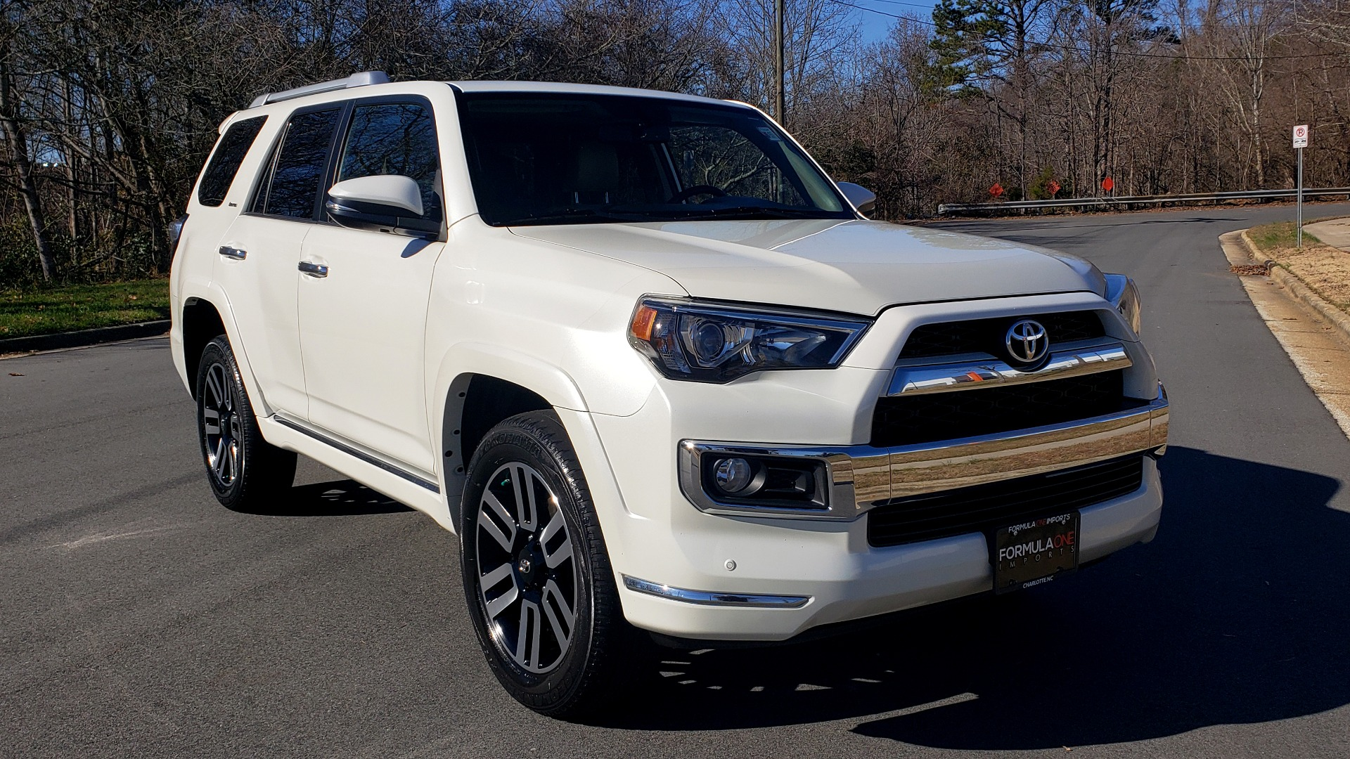 Used 2018 Toyota 4RUNNER LIMITED 4X4 / 4.0L V6 / AUTO / NAV / SUNROOF / JBL AUDIO / REARVIEW for sale Sold at Formula Imports in Charlotte NC 28227 4