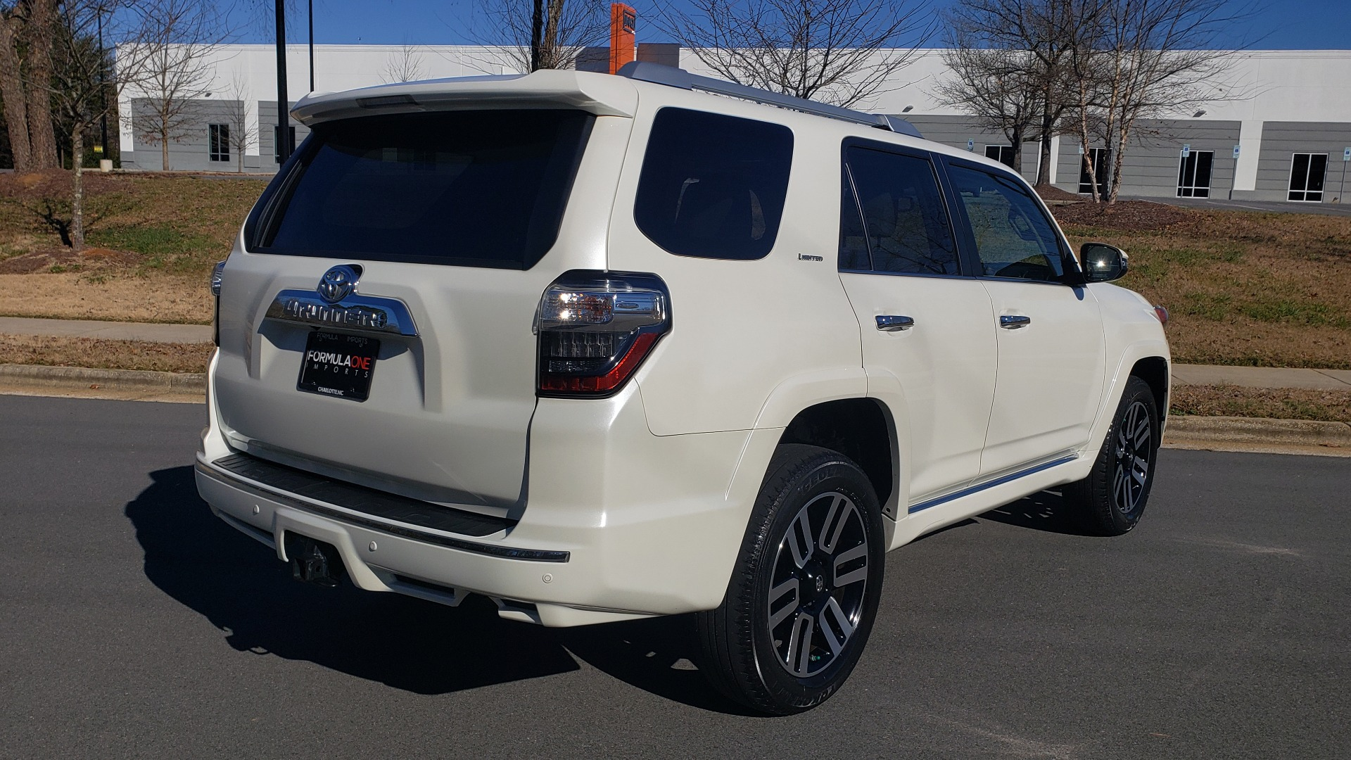 Used 2018 Toyota 4RUNNER LIMITED 4X4 / 4.0L V6 / AUTO / NAV / SUNROOF / JBL AUDIO / REARVIEW for sale Sold at Formula Imports in Charlotte NC 28227 6