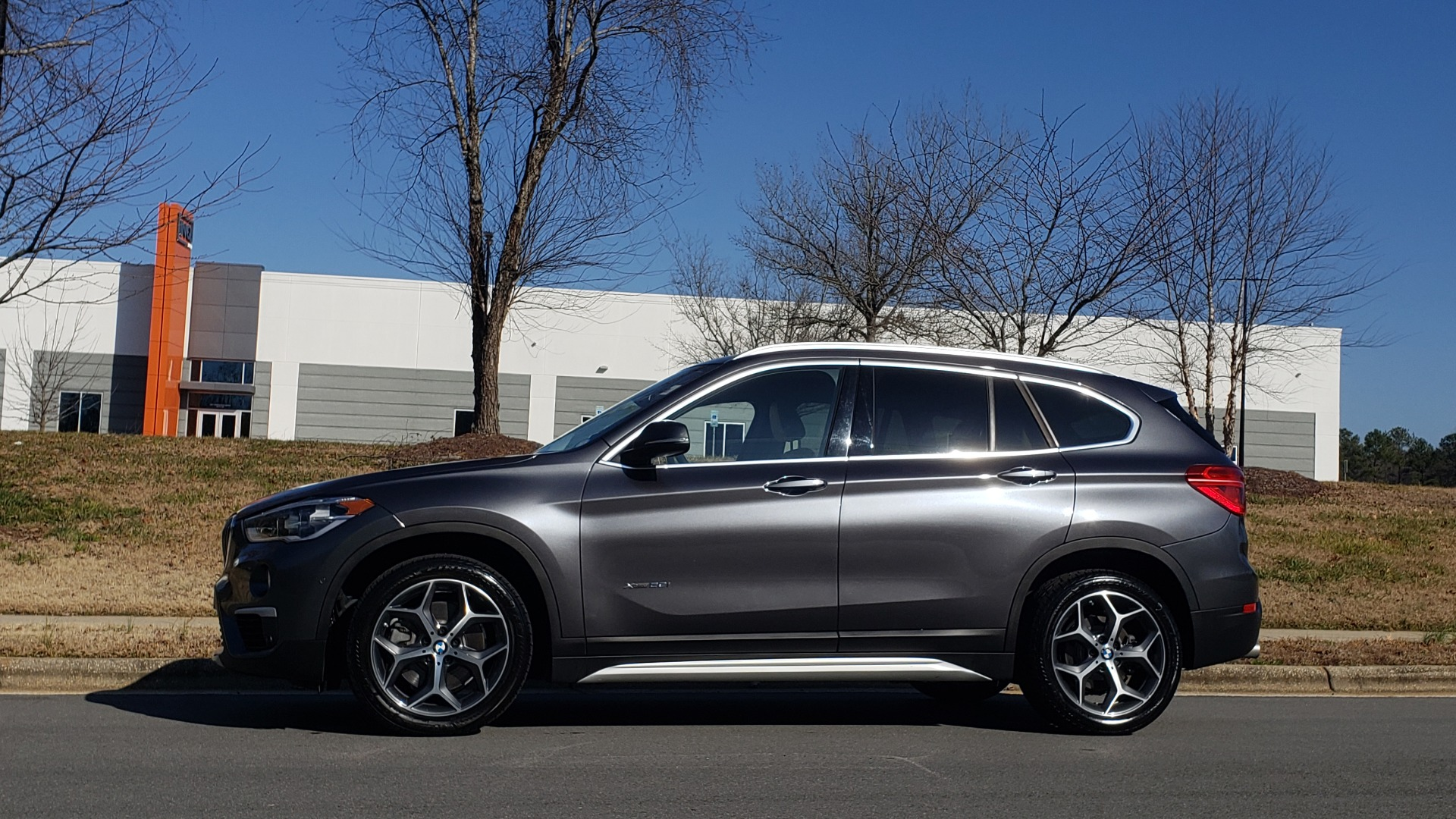 Used 2017 BMW X1 XDRIVE28I / PREM / TECH / DRVR ASST PLUS / COLD WTHR / REARVIEW for sale $26,995 at Formula Imports in Charlotte NC 28227 2