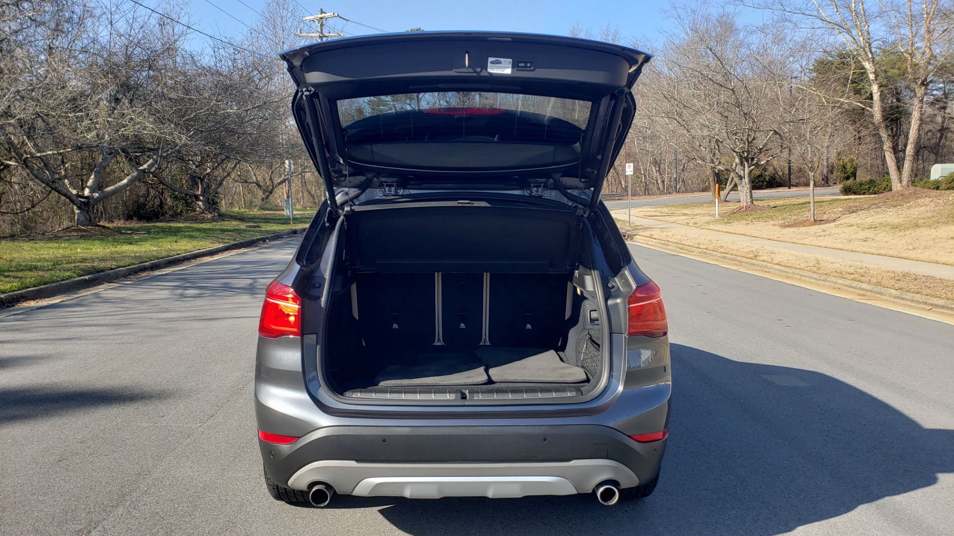 Used 2017 BMW X1 XDRIVE28I / PREM / TECH / DRVR ASST PLUS / COLD WTHR / REARVIEW for sale $26,995 at Formula Imports in Charlotte NC 28227 28