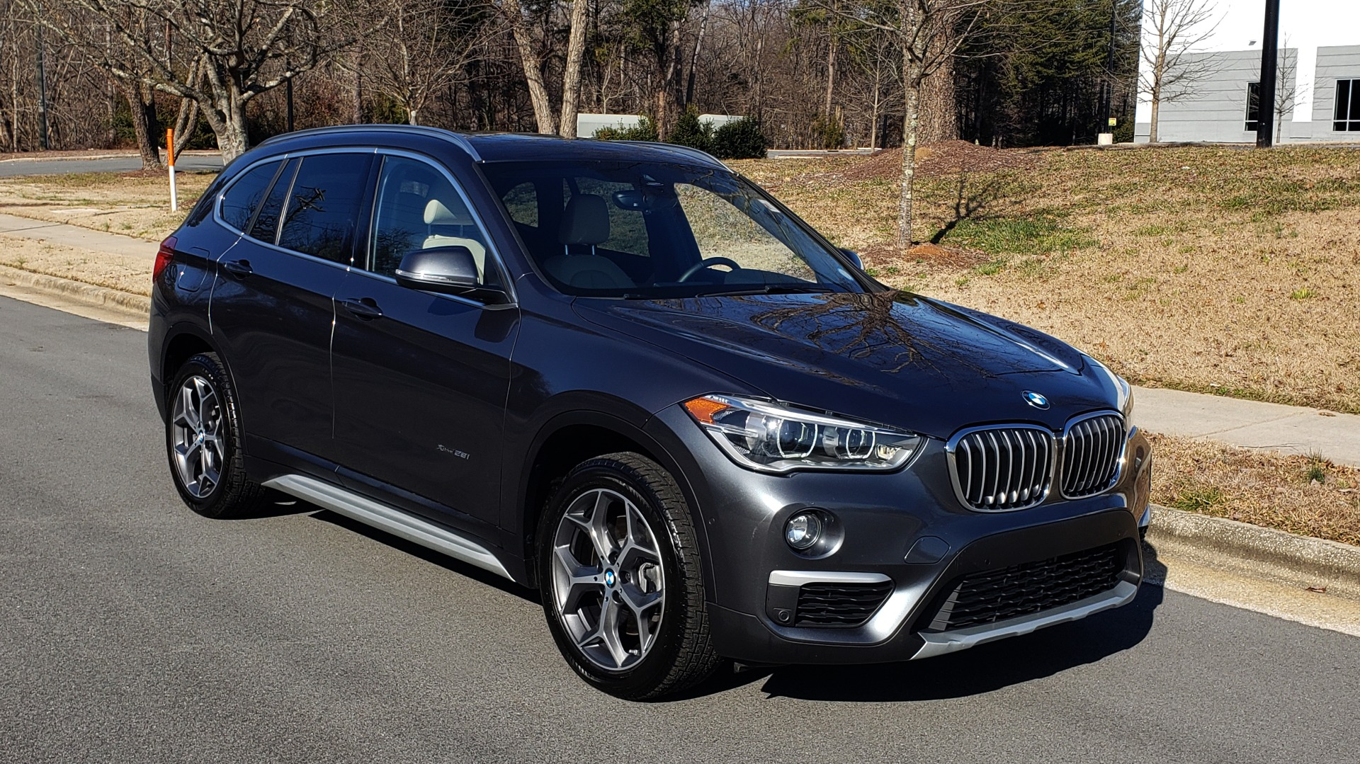 Used 2017 BMW X1 XDRIVE28I / PREM / TECH / DRVR ASST PLUS / COLD WTHR / REARVIEW for sale $26,995 at Formula Imports in Charlotte NC 28227 4