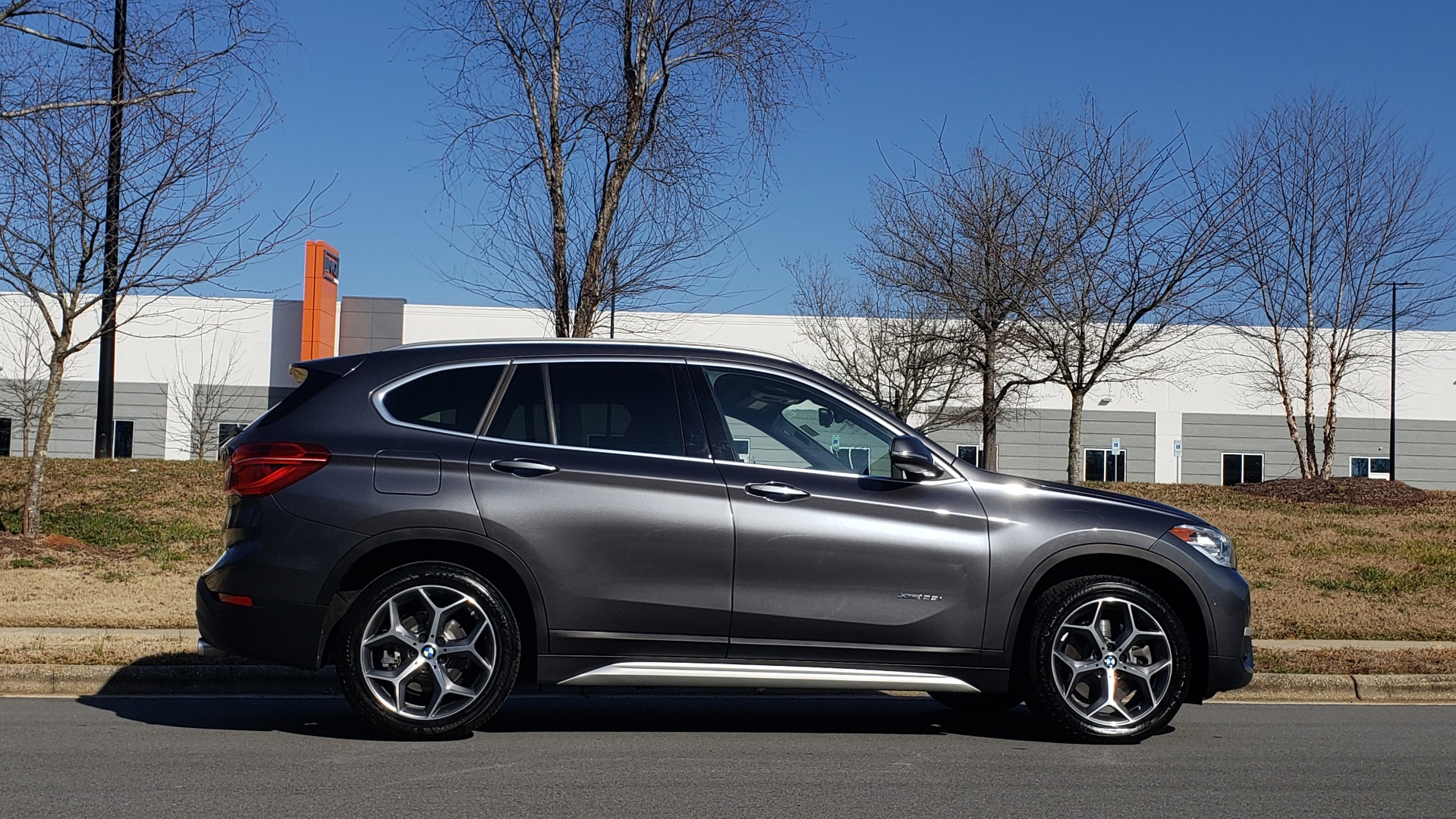 Used 2017 BMW X1 XDRIVE28I / PREM / TECH / DRVR ASST PLUS / COLD WTHR / REARVIEW for sale $26,995 at Formula Imports in Charlotte NC 28227 5