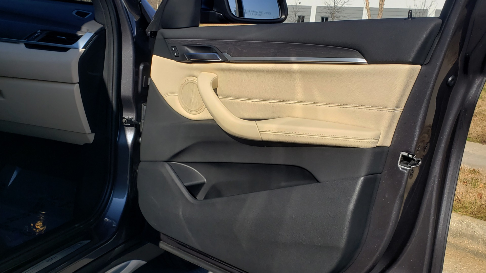 Used 2017 BMW X1 XDRIVE28I / PREM / TECH / DRVR ASST PLUS / COLD WTHR / REARVIEW for sale $26,995 at Formula Imports in Charlotte NC 28227 65