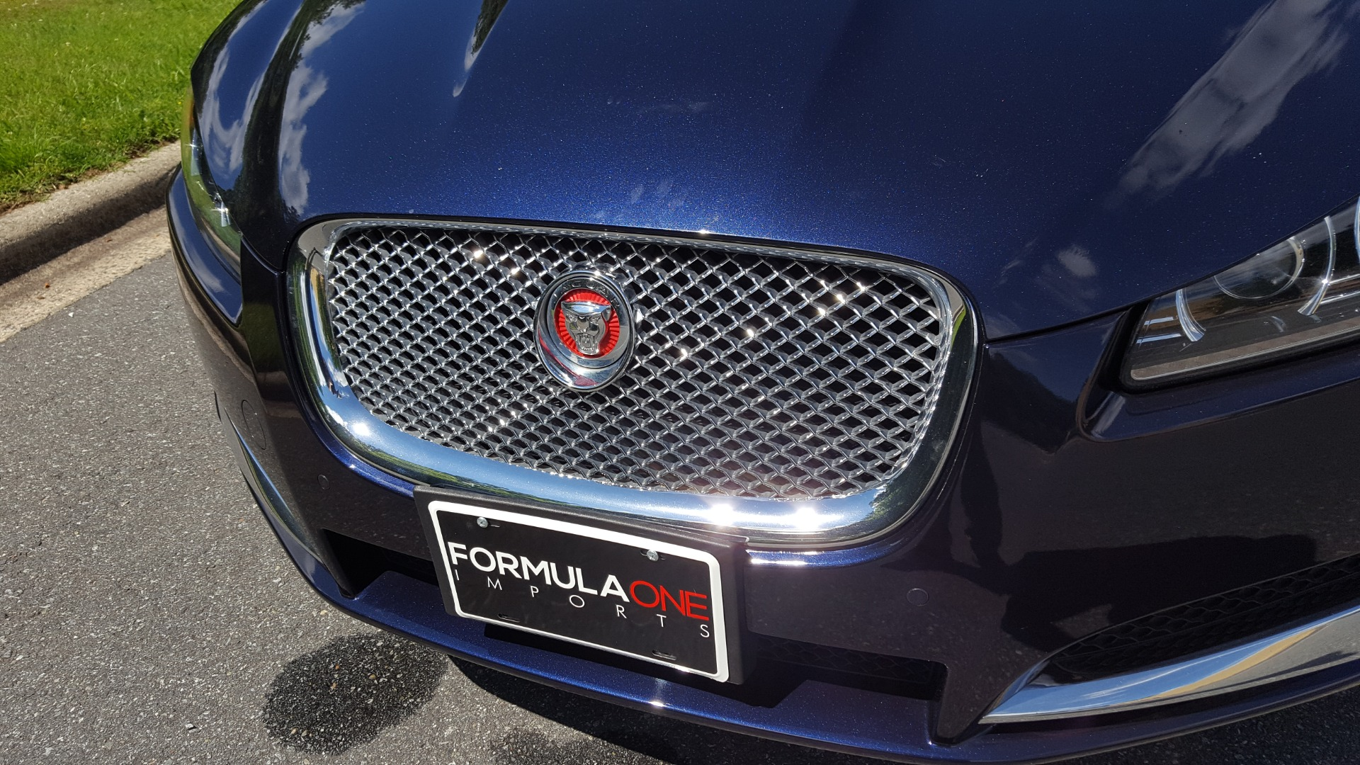 Used 2014 Jaguar XF V6 SC AWD PREMIUM / NAV / COLD CLIMATE PKG / VISION / REARVIEW for sale $18,995 at Formula Imports in Charlotte NC 28227 18