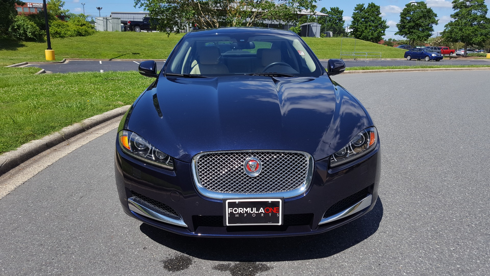 Used 2014 Jaguar XF V6 SC AWD PREMIUM / NAV / COLD CLIMATE PKG / VISION / REARVIEW for sale $18,995 at Formula Imports in Charlotte NC 28227 4