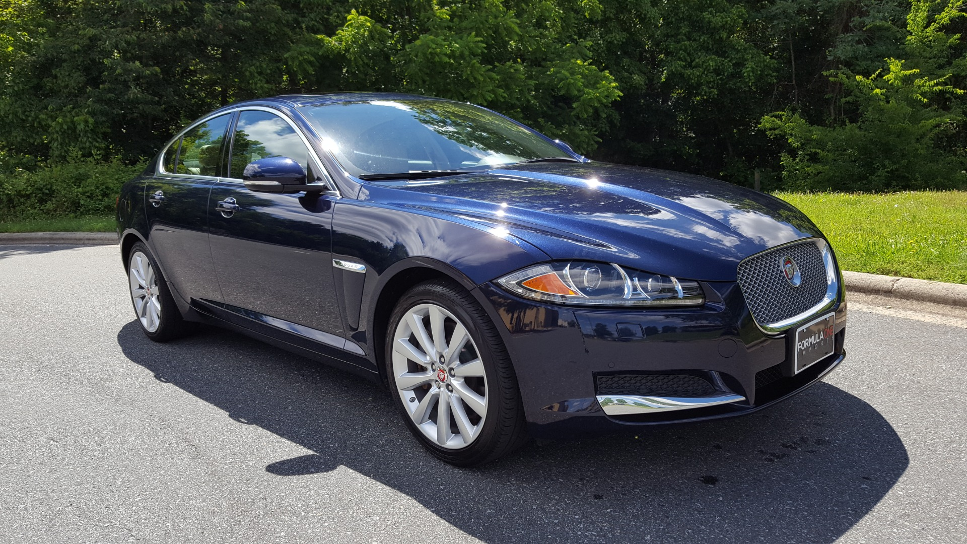 Used 2014 Jaguar XF V6 SC AWD PREMIUM / NAV / COLD CLIMATE PKG / VISION / REARVIEW for sale $18,995 at Formula Imports in Charlotte NC 28227 8