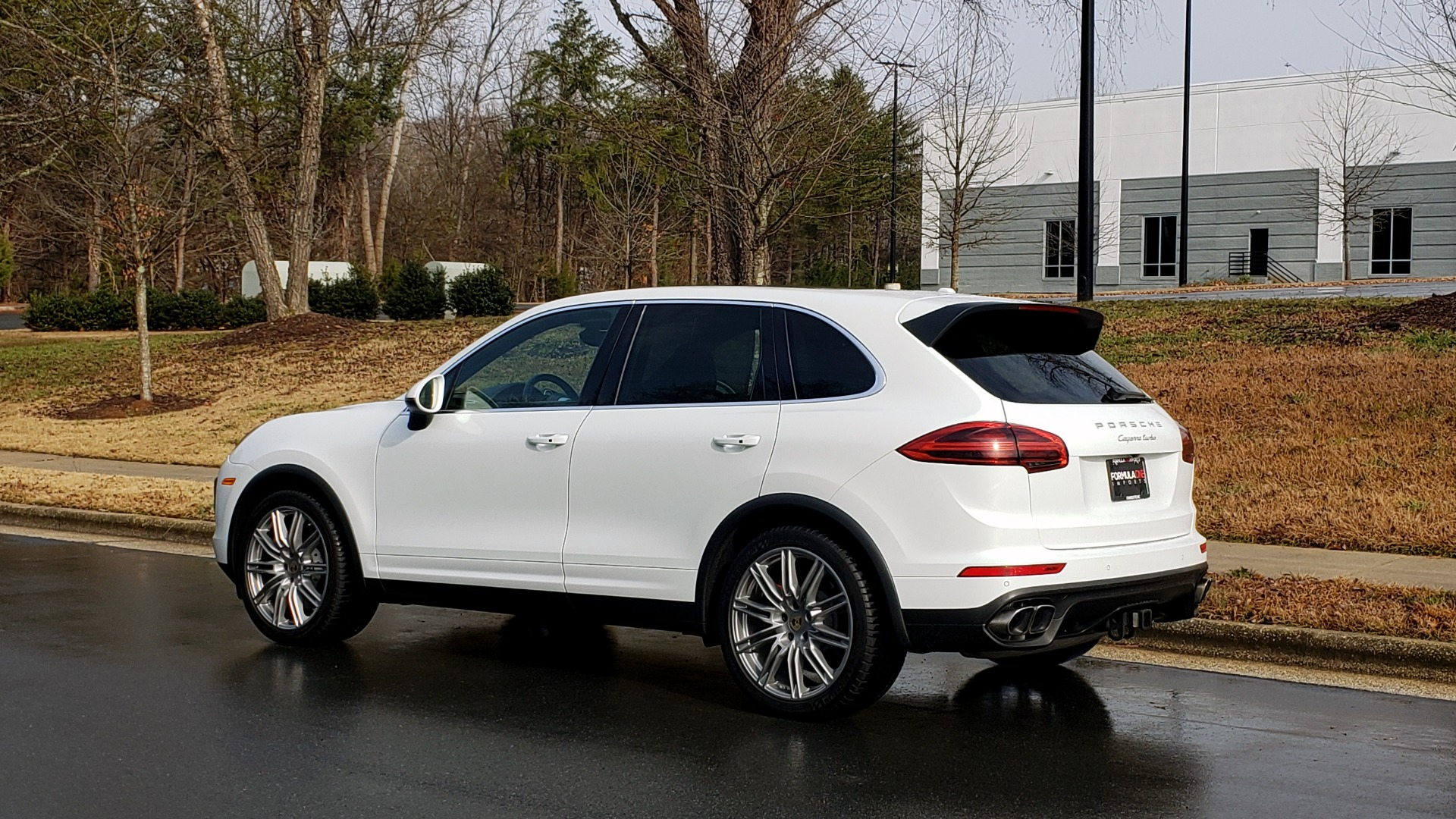 Used 2015 Porsche CAYENNE TURBO V8 / PREMIUM / NAV / SUNROOF / PARK ASSIST / LCA / REARVIEW for sale $47,995 at Formula Imports in Charlotte NC 28227 4