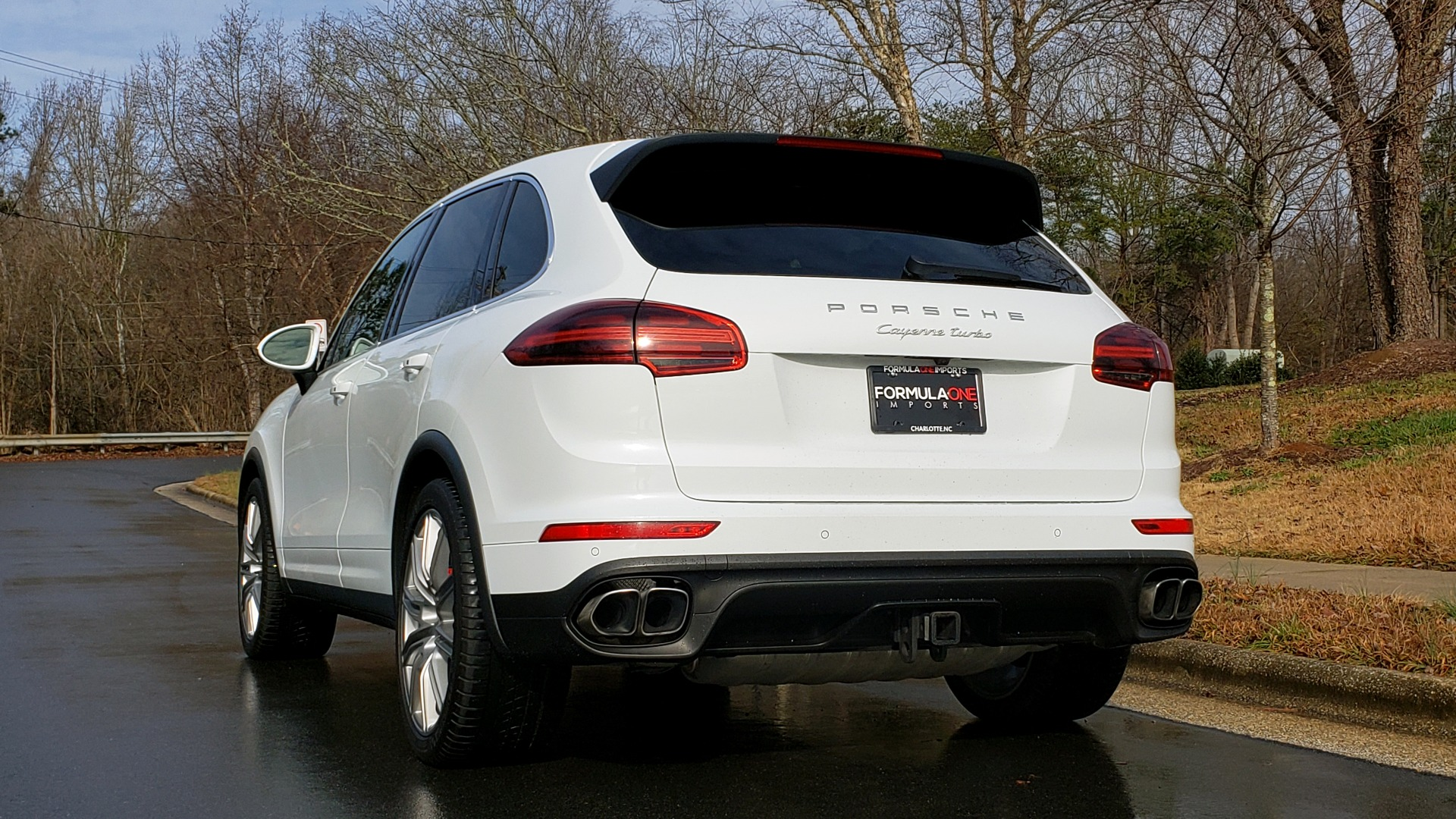 Used 2015 Porsche CAYENNE TURBO V8 / PREMIUM / NAV / SUNROOF / PARK ASSIST / LCA / REARVIEW for sale $47,995 at Formula Imports in Charlotte NC 28227 5
