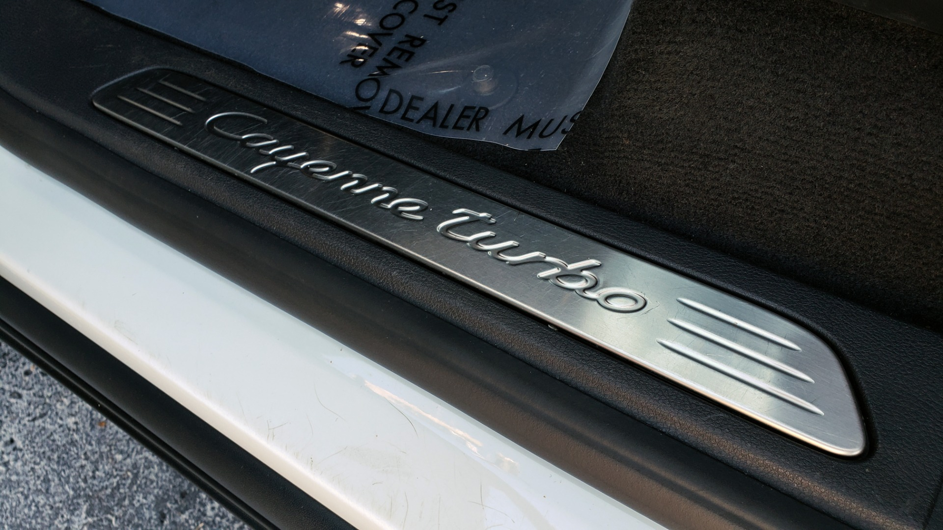 Used 2015 Porsche CAYENNE TURBO V8 / PREMIUM / NAV / SUNROOF / PARK ASSIST / LCA / REARVIEW for sale $47,995 at Formula Imports in Charlotte NC 28227 55
