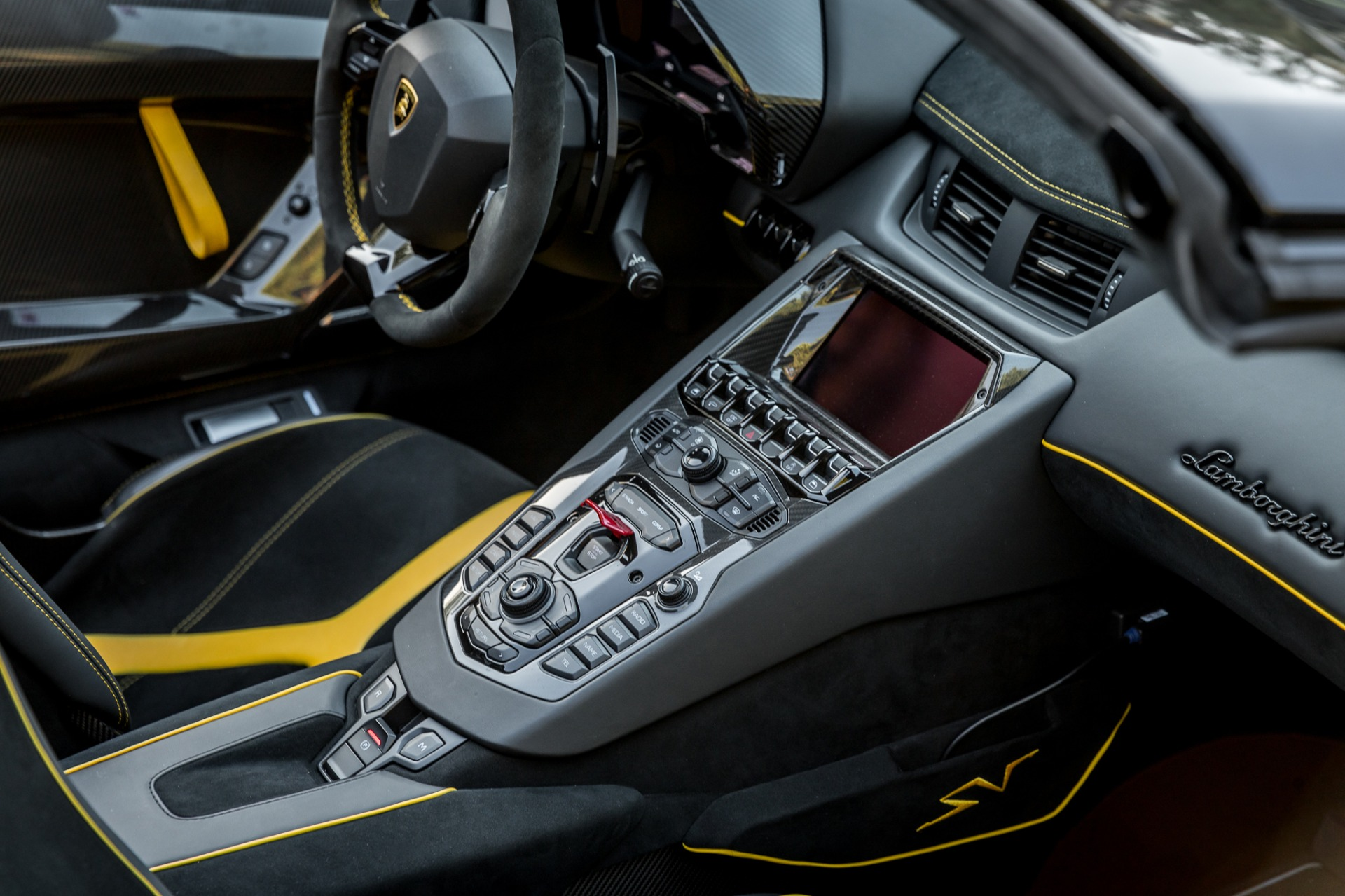 Used 2017 Lamborghini Aventador LP 750-4 SV / 740HP / AWD / 1930 MI / NAV / CAMERA for sale Sold at Formula Imports in Charlotte NC 28227 18
