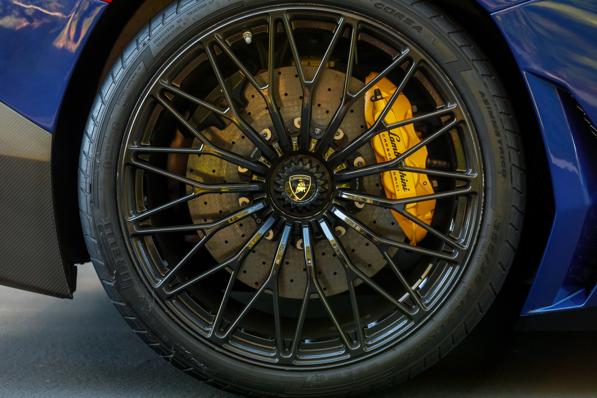 Used 2017 Lamborghini Aventador LP 750-4 SV / 740HP / AWD / 1930 MI / NAV / CAMERA for sale Sold at Formula Imports in Charlotte NC 28227 21