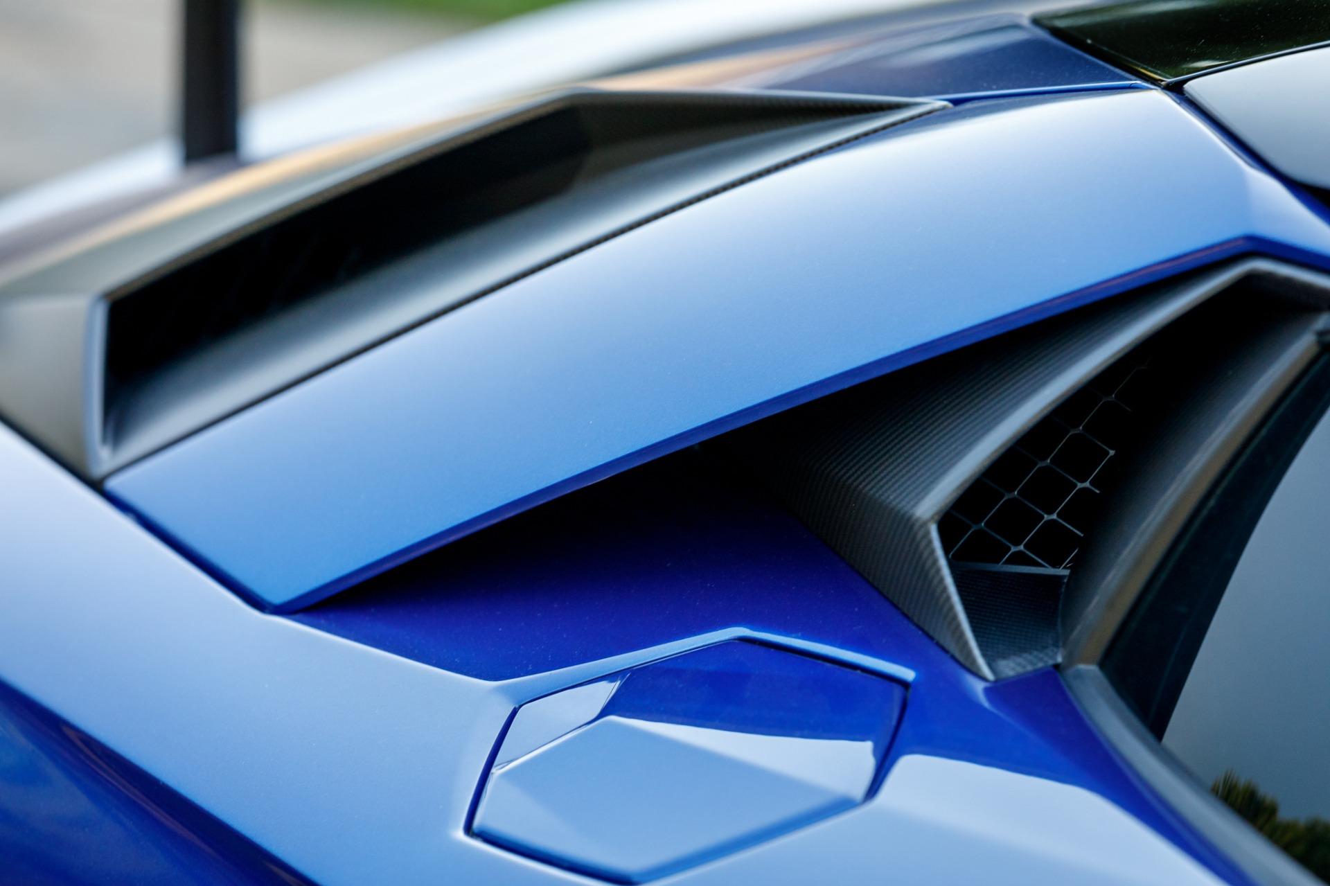 Used 2017 Lamborghini Aventador LP 750-4 SV / 740HP / AWD / 1930 MI / NAV / CAMERA for sale Sold at Formula Imports in Charlotte NC 28227 23