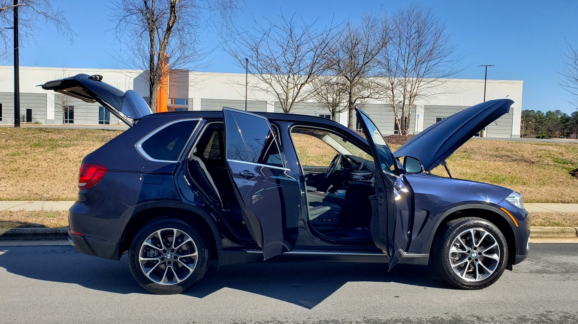 Used 2015 BMW X5 XDRIVE35I PREMIUM / NAV / XLINE / CLD WTHR / DRVR ASST / REARVIEW for sale Sold at Formula Imports in Charlotte NC 28227 10