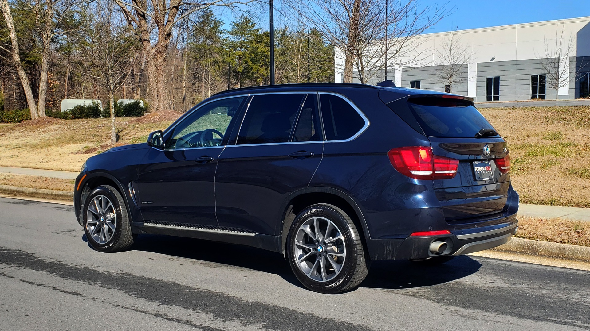 Used 2015 BMW X5 XDRIVE35I PREMIUM / NAV / XLINE / CLD WTHR / DRVR ASST / REARVIEW for sale Sold at Formula Imports in Charlotte NC 28227 4