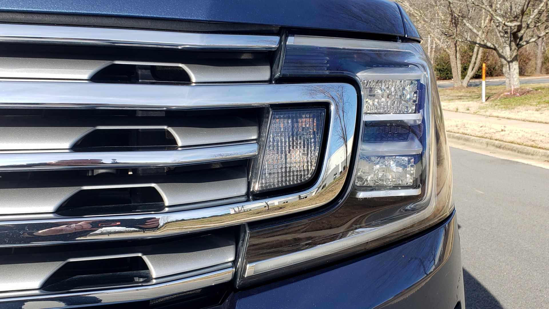 Used 2018 Ford EXPEDITION LIMITED 4X4 / NAV / PANO-ROOF / 3-ROW / DRVR ASST / REARVIEW for sale Sold at Formula Imports in Charlotte NC 28227 33