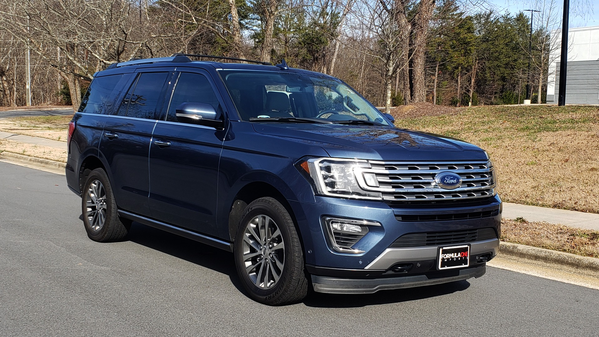 Used 2018 Ford EXPEDITION LIMITED 4X4 / NAV / PANO-ROOF / 3-ROW / DRVR ASST / REARVIEW for sale Sold at Formula Imports in Charlotte NC 28227 5