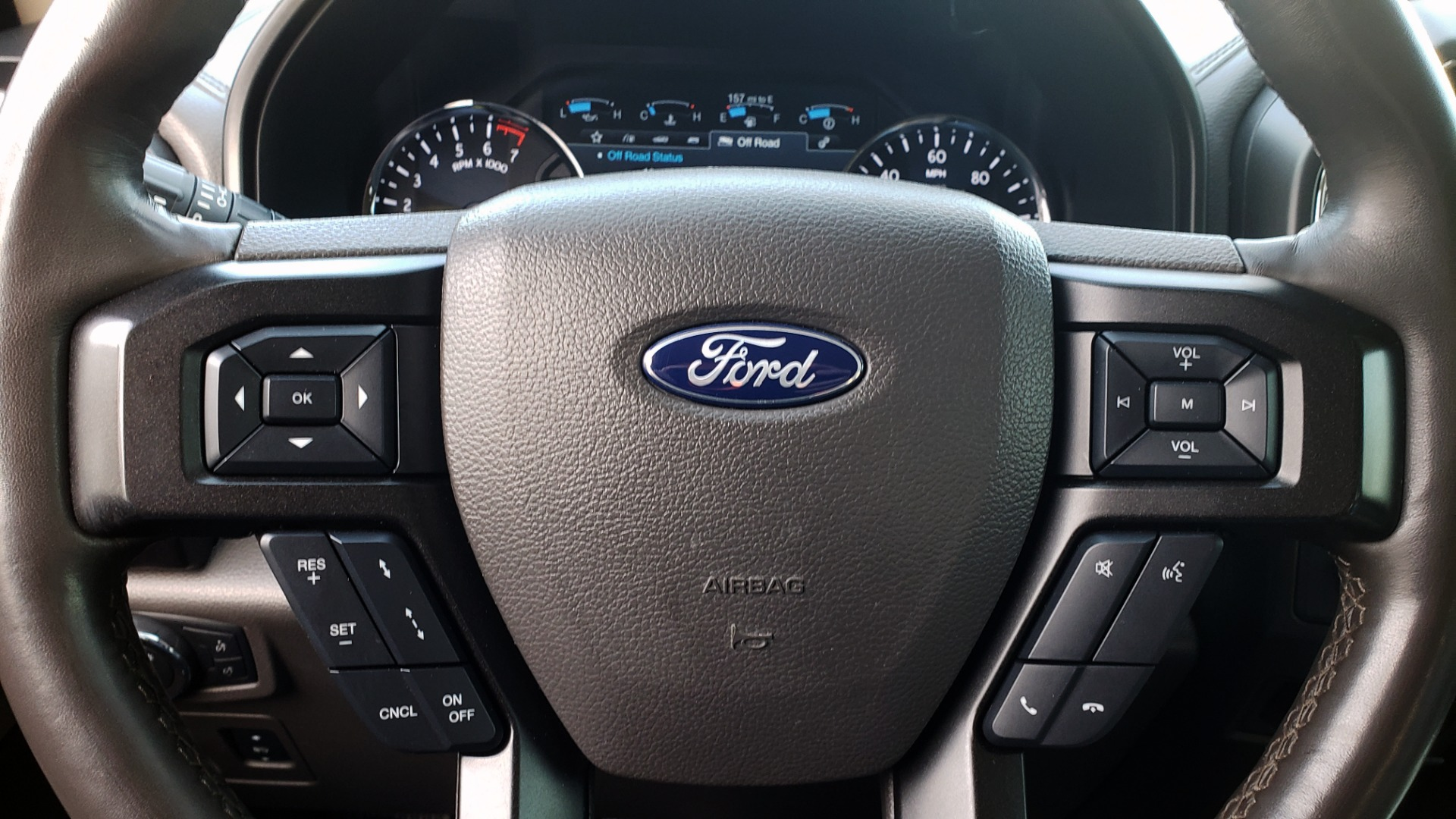 Used 2018 Ford EXPEDITION LIMITED 4X4 / NAV / PANO-ROOF / 3-ROW / DRVR ASST / REARVIEW for sale Sold at Formula Imports in Charlotte NC 28227 58