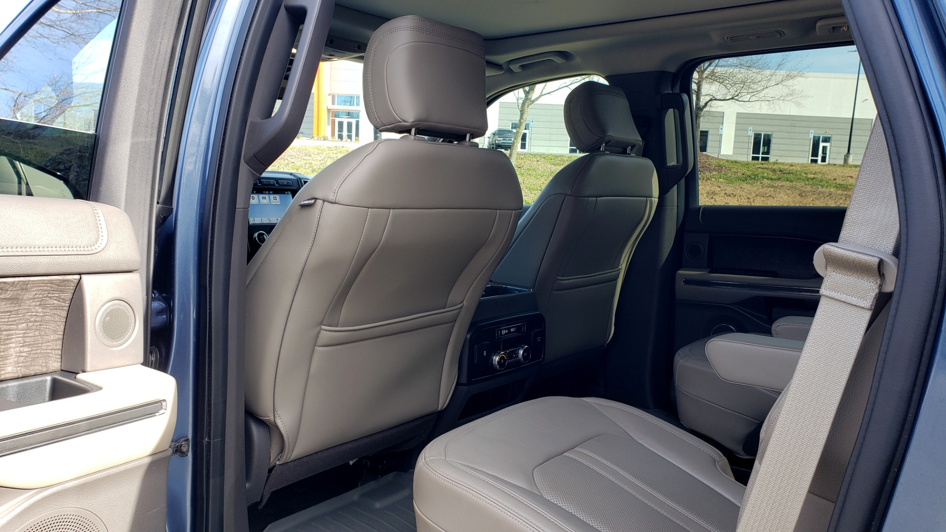Used 2018 Ford EXPEDITION LIMITED 4X4 / NAV / PANO-ROOF / 3-ROW / DRVR ASST / REARVIEW for sale Sold at Formula Imports in Charlotte NC 28227 77