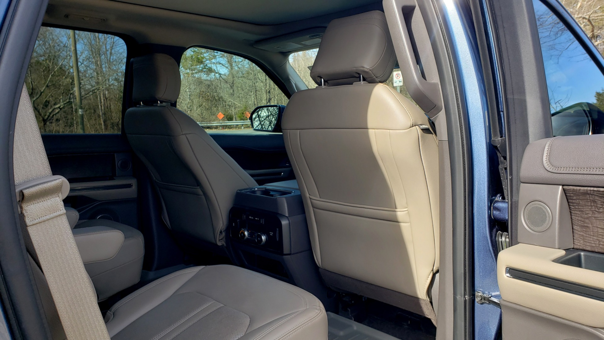 Used 2018 Ford EXPEDITION LIMITED 4X4 / NAV / PANO-ROOF / 3-ROW / DRVR ASST / REARVIEW for sale Sold at Formula Imports in Charlotte NC 28227 89