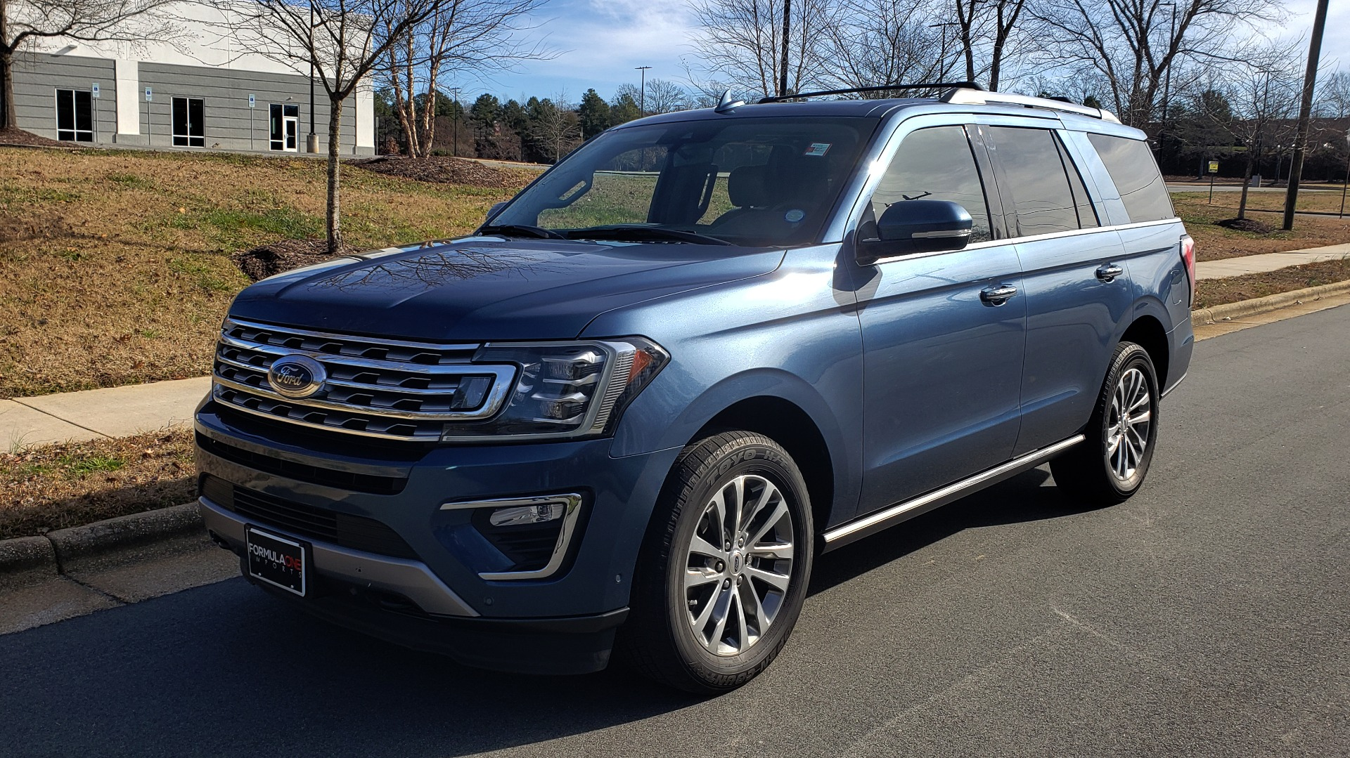 Used 2018 Ford EXPEDITION LIMITED 4X4 / NAV / PANO-ROOF / 3-ROW / DRVR ASST / REARVIEW for sale Sold at Formula Imports in Charlotte NC 28227 1
